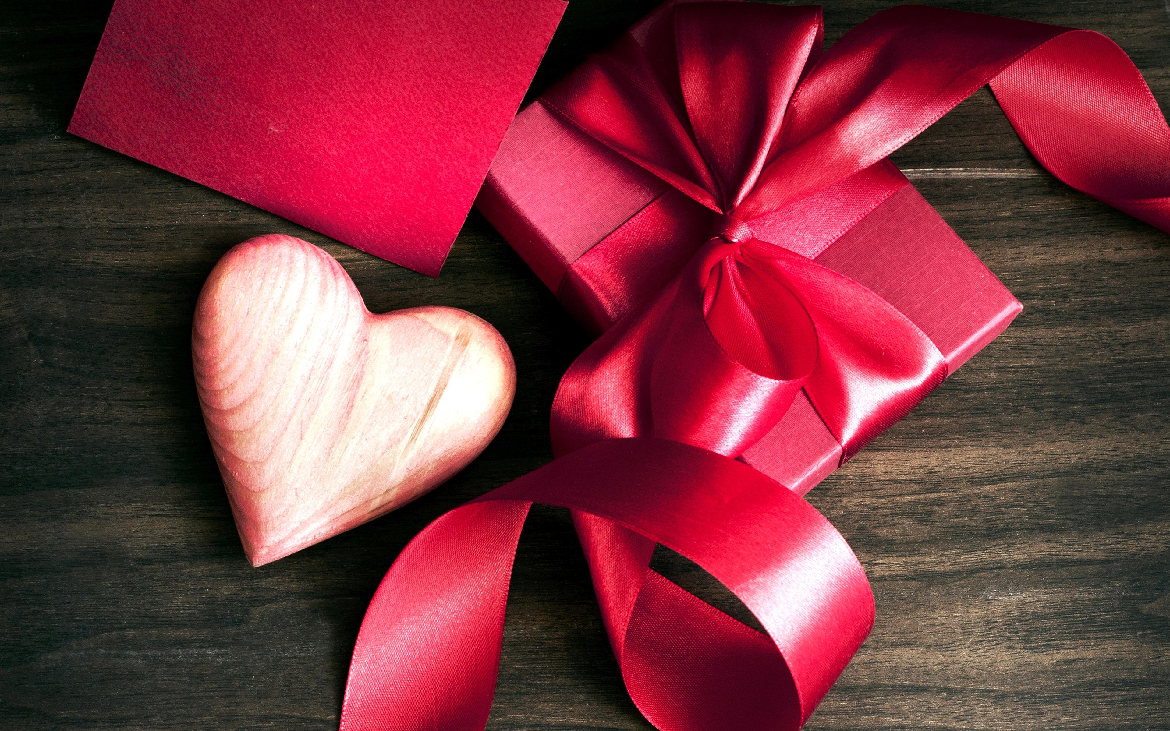 Акция Подарки от всего сердца в салонах «Билайн 47