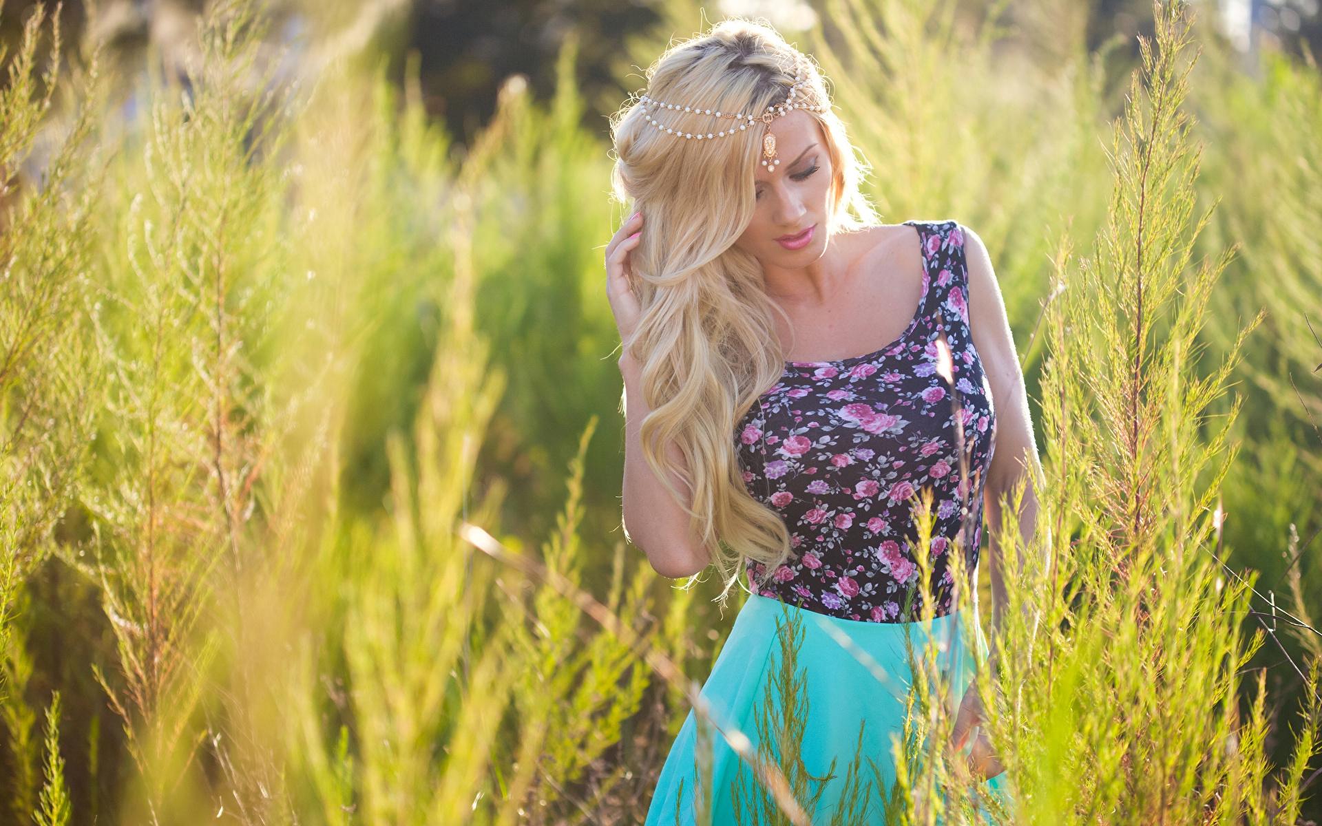Приличные фото девушек блондинок