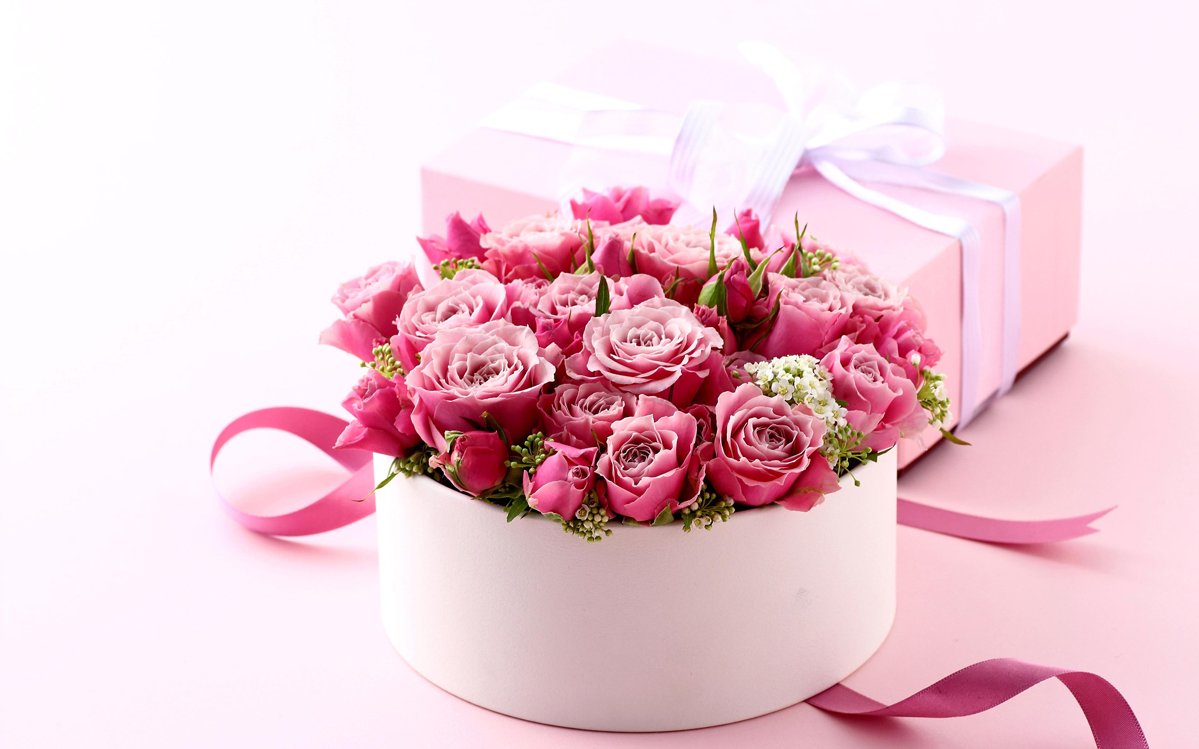 Подарки и букеты из цветов 481