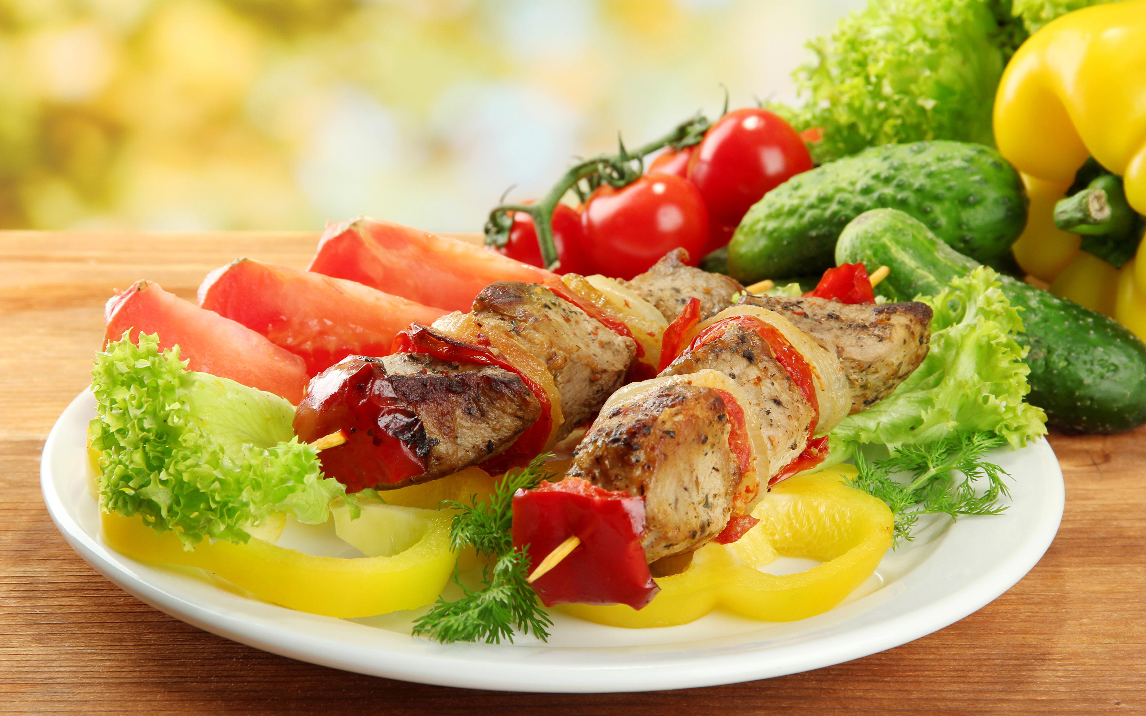 Шашлык из свинины, маринованый в помидорах - пошаговый 16