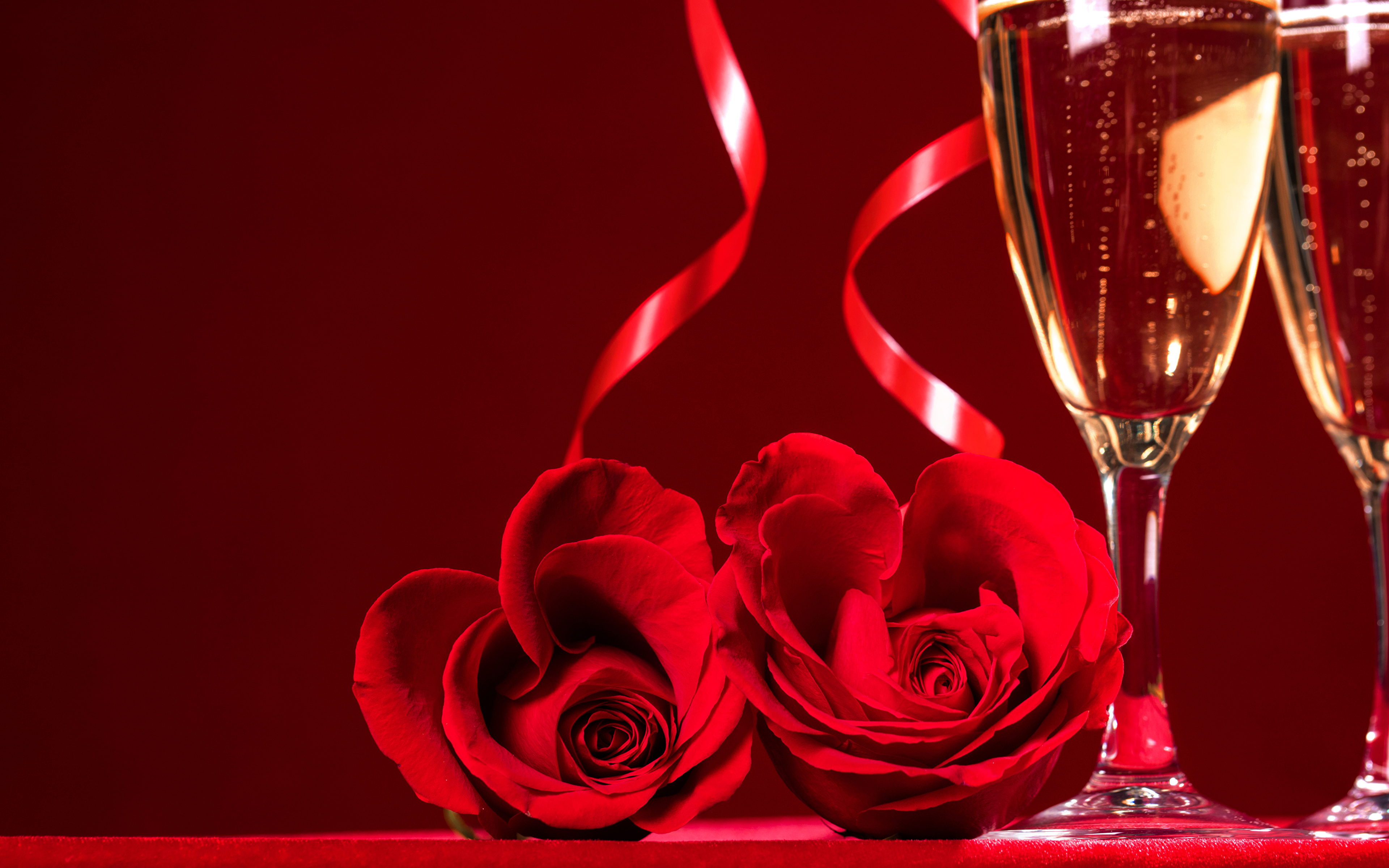 lovely babes are getting covered with roses and champagne  205258