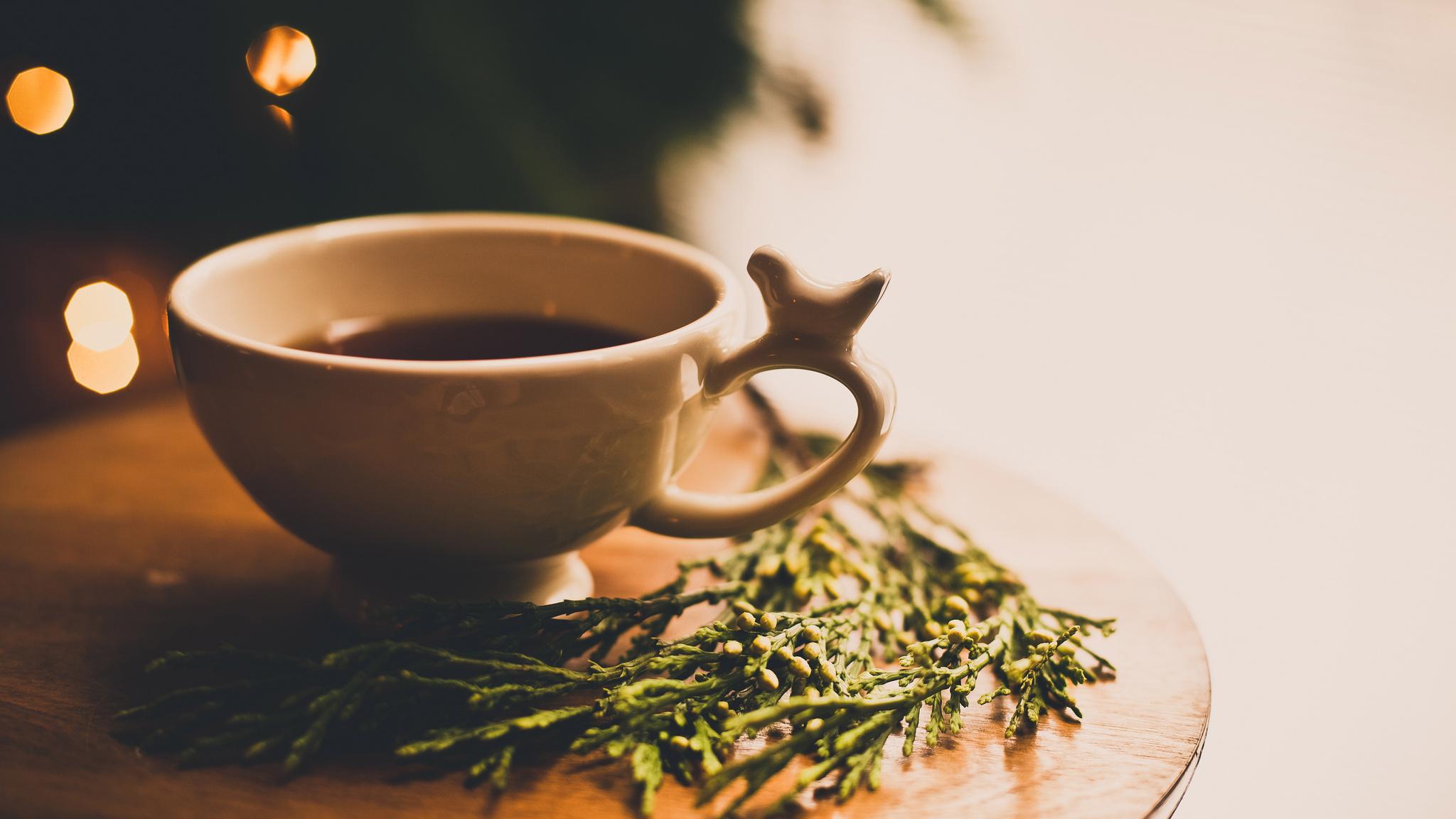 утренняя девушка с чаем  № 2871297 без смс