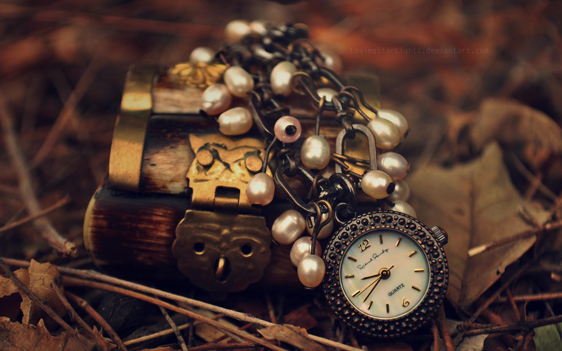 Карманные часы и скатерть  № 2171653  скачать