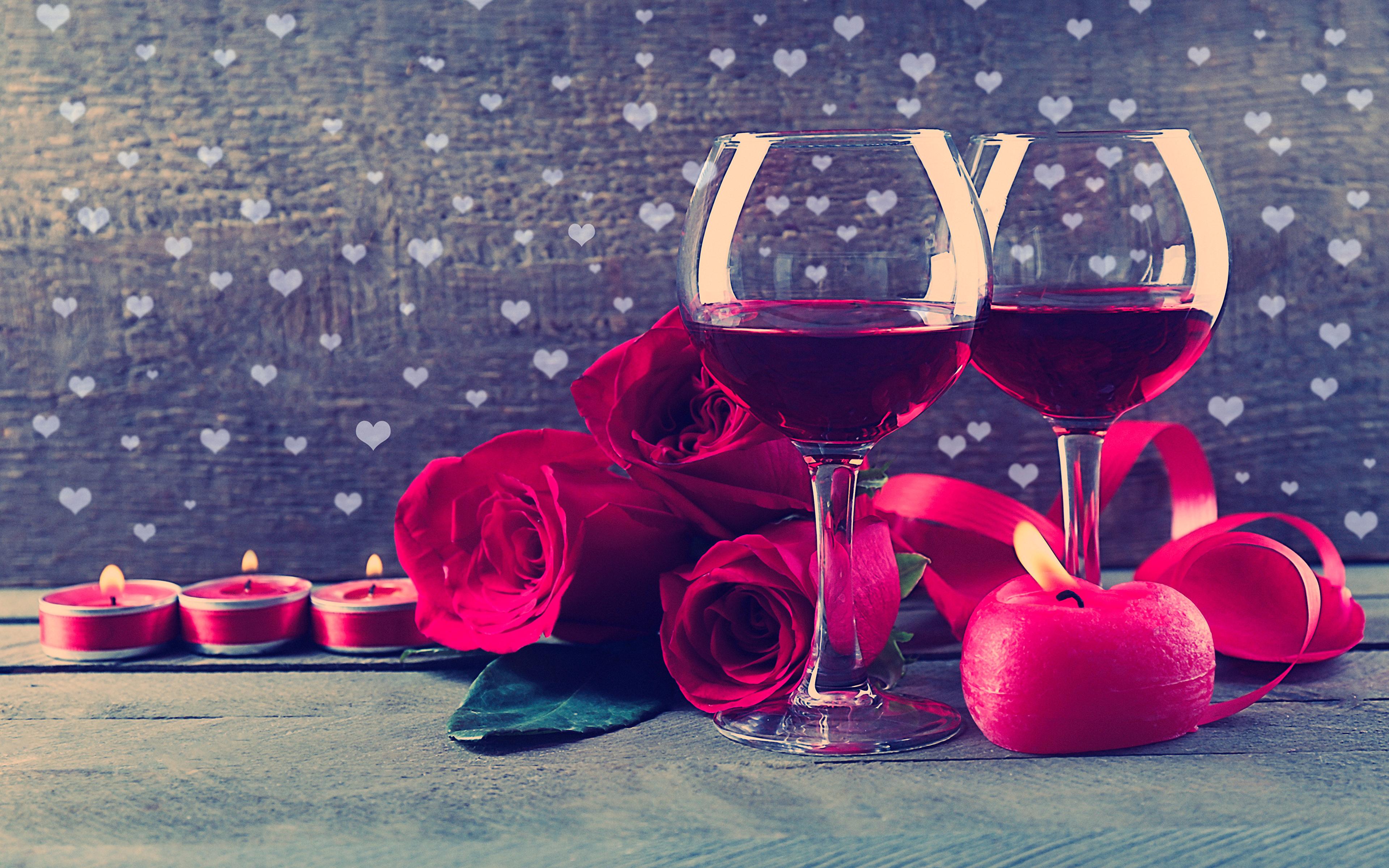 Два бокала с розами  № 750337 загрузить