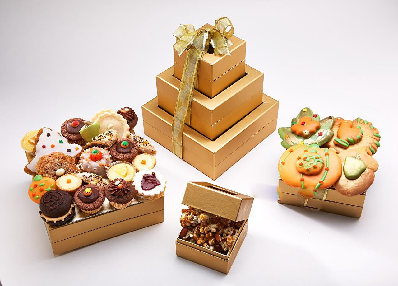 Красивое печенье для подарка