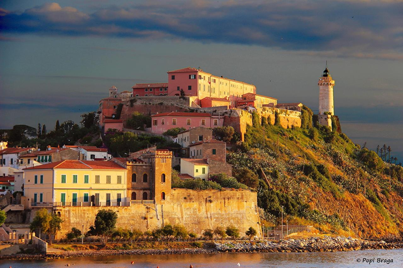 Италия Дома Остров Маяки Toscana Portoferraio Города