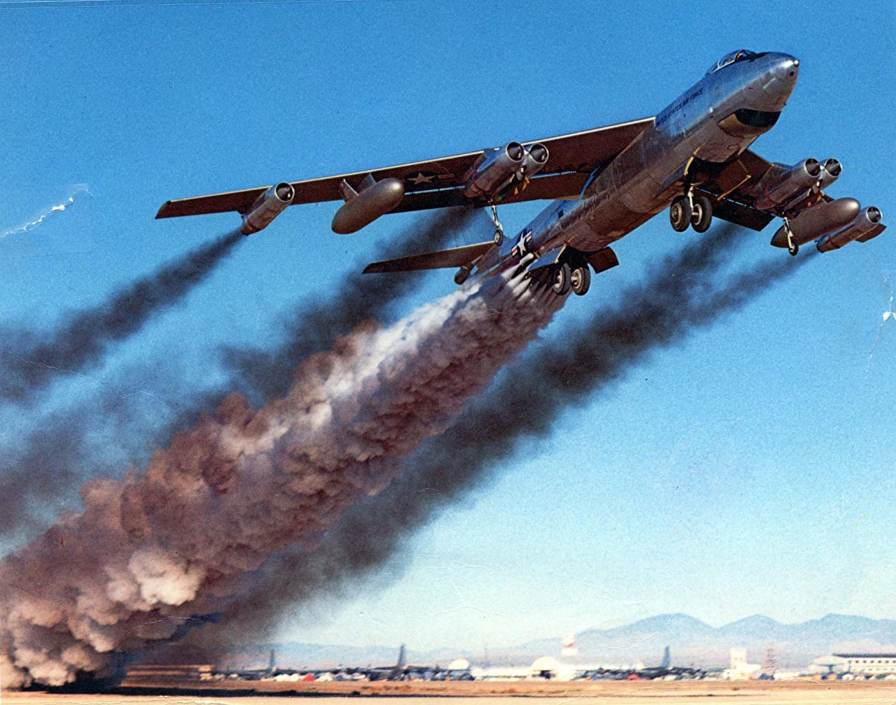 Фотографии взлетающих истребителей 22 фотография