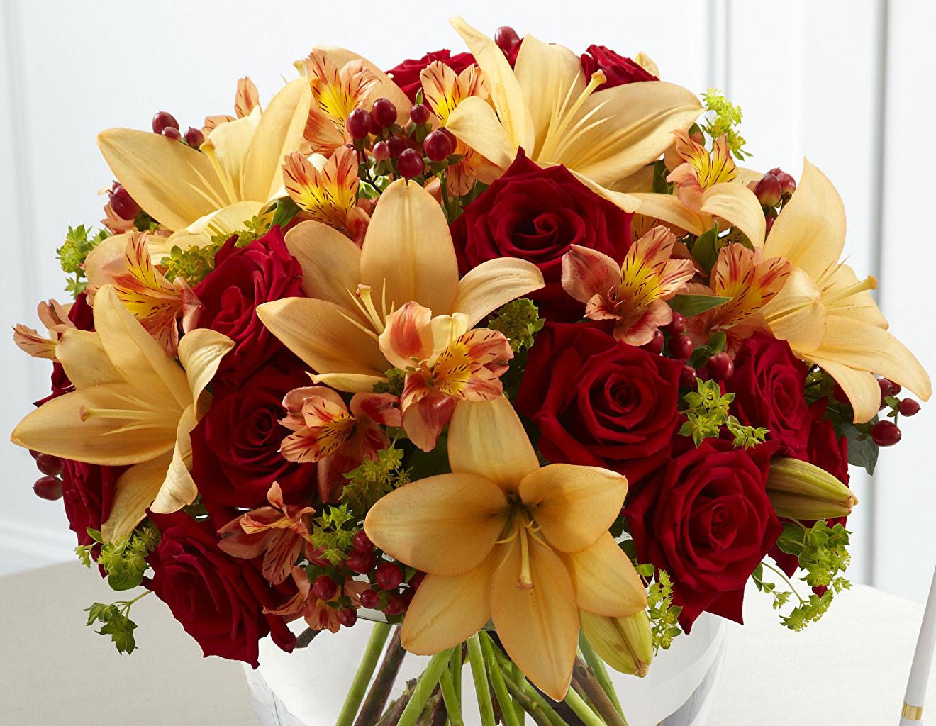 Фото цветов лилии и роз