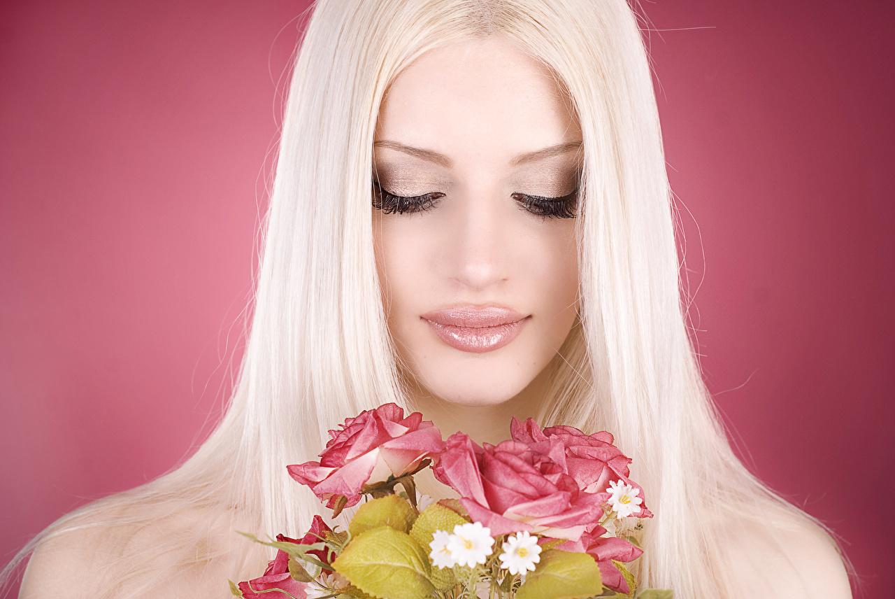 Фото девушек блондинок без лица с цветами