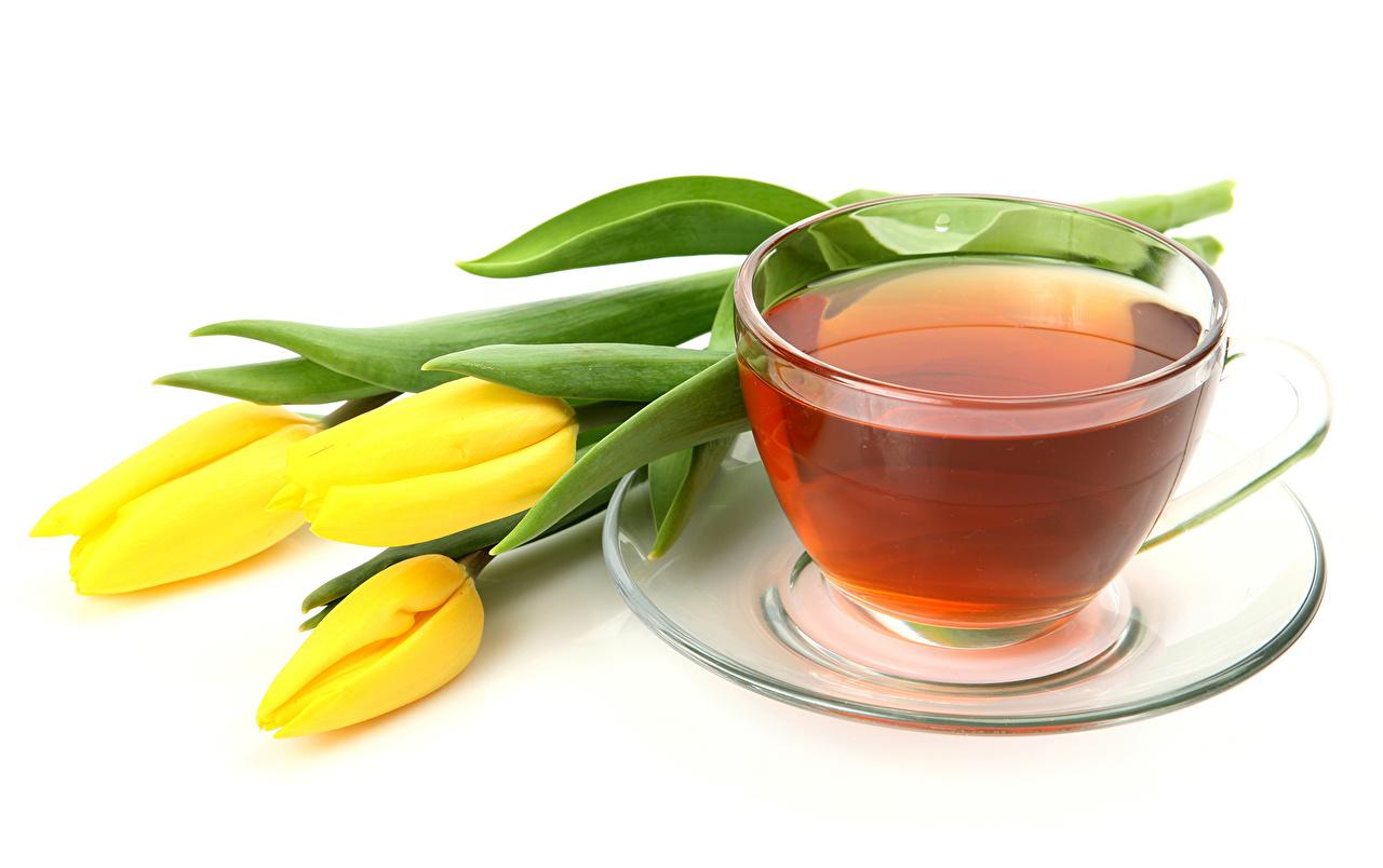 Напитки Чай Тюльпаны Чашка Желтый Блюдце Цветы