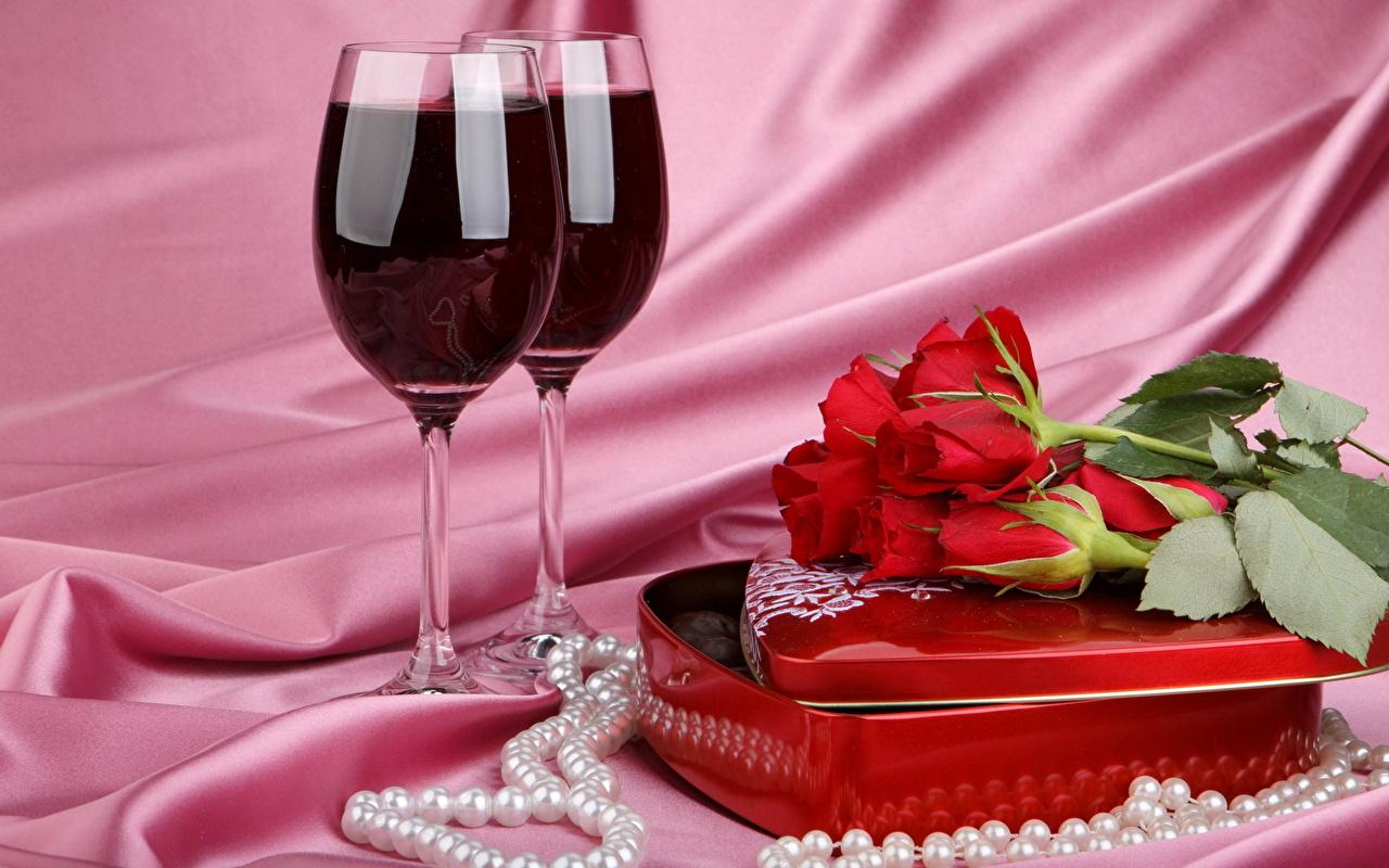 Два бокала с розами  № 750255 без смс