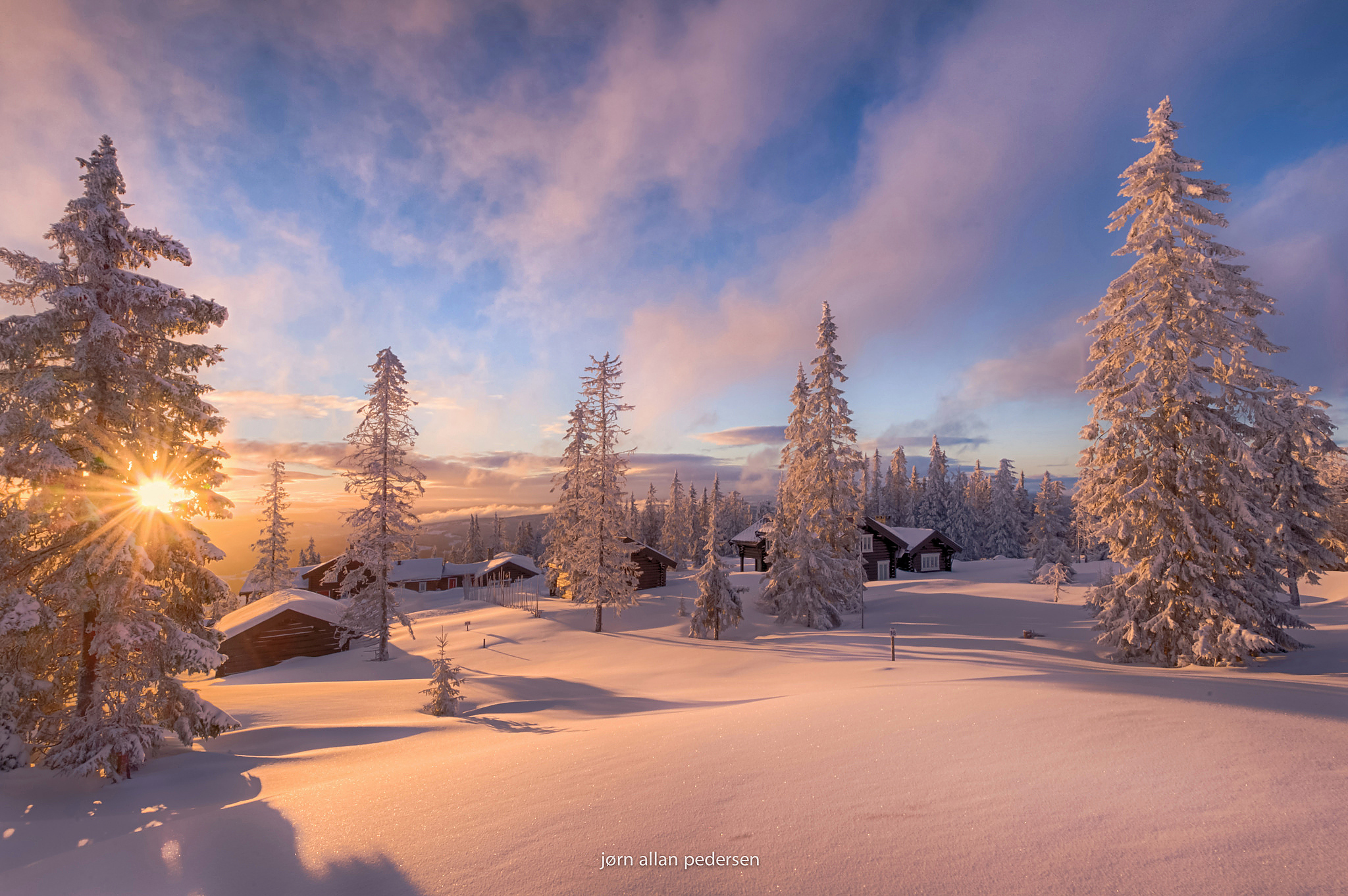 снег зима деревня рассвет  № 2479357  скачать