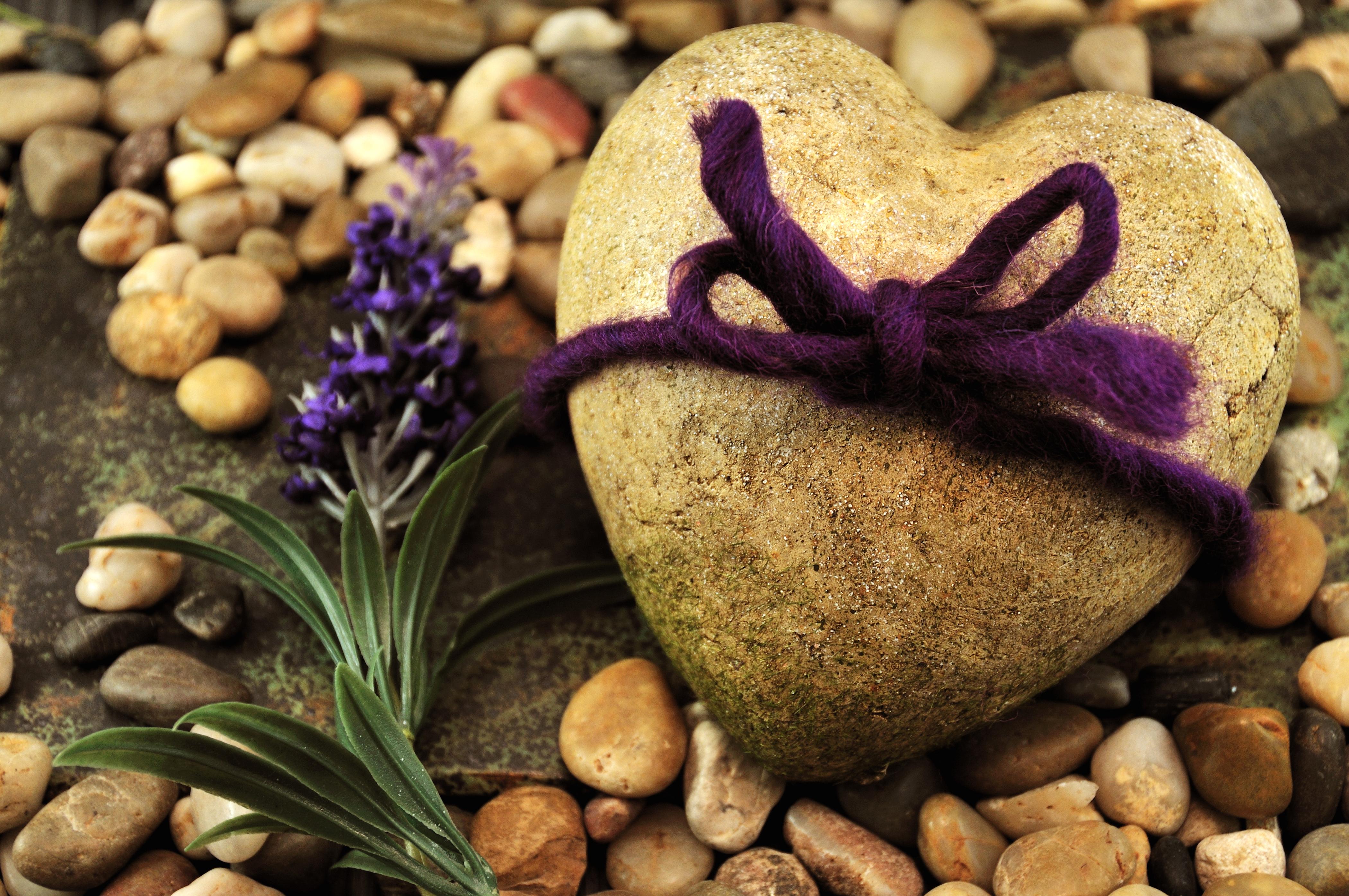 любовь камни надпись  № 3452593 загрузить