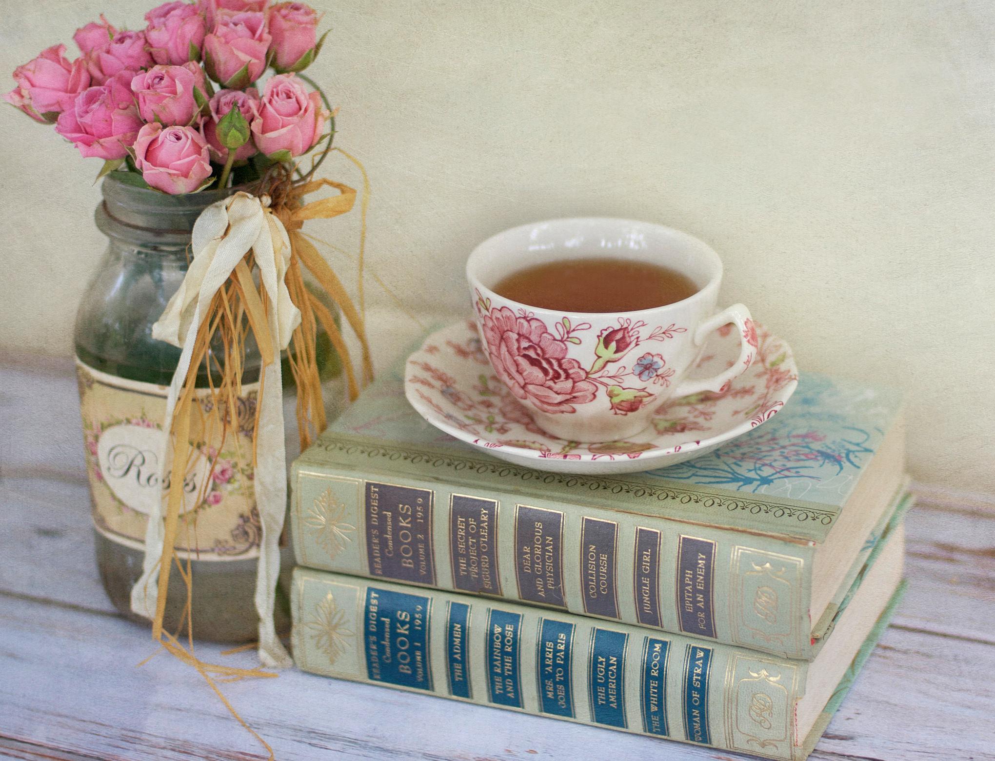 утренняя девушка с чаем  № 2871395 бесплатно