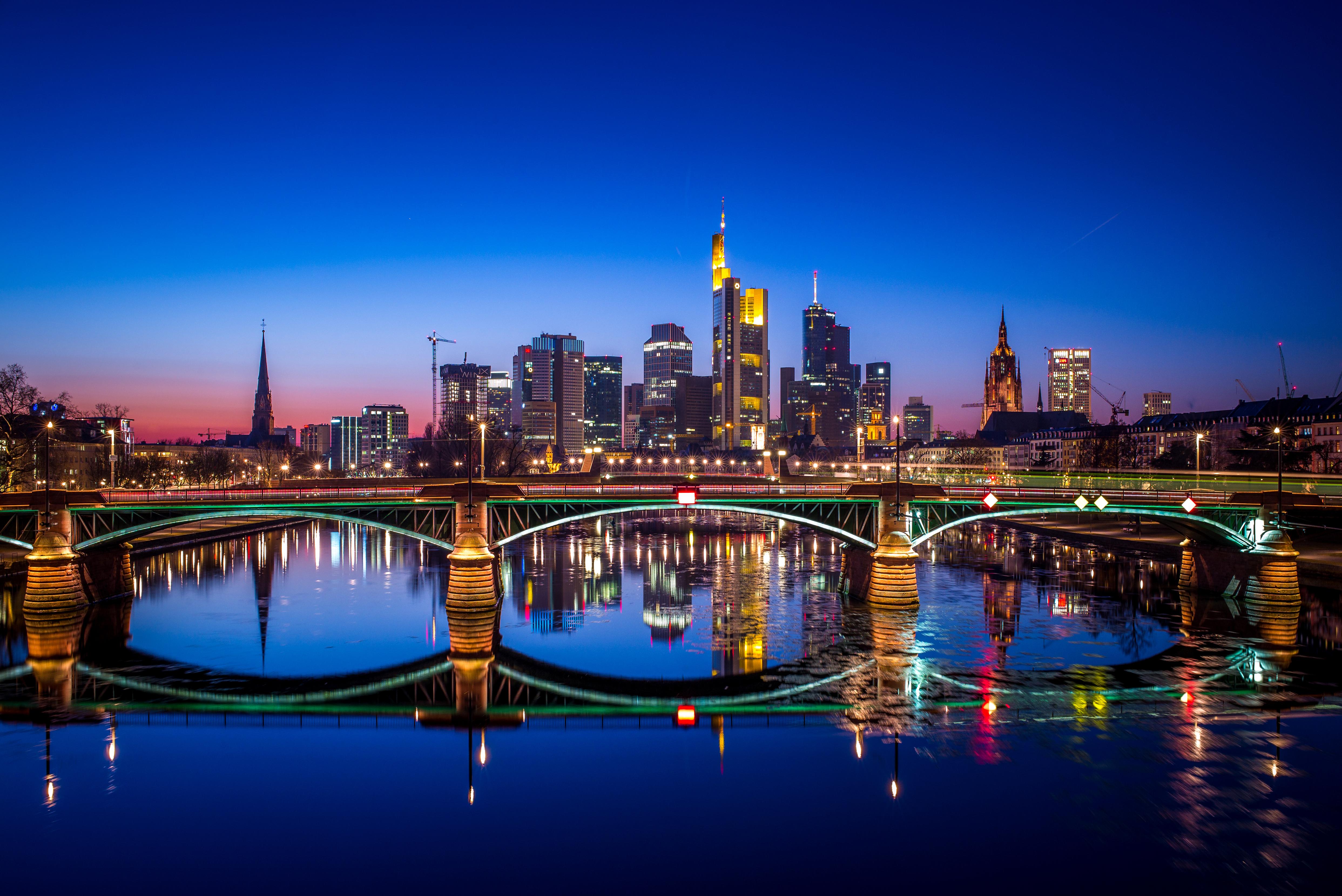 страны архитектура вечер город Франкфурт-на-Майне Германия  № 155509  скачать