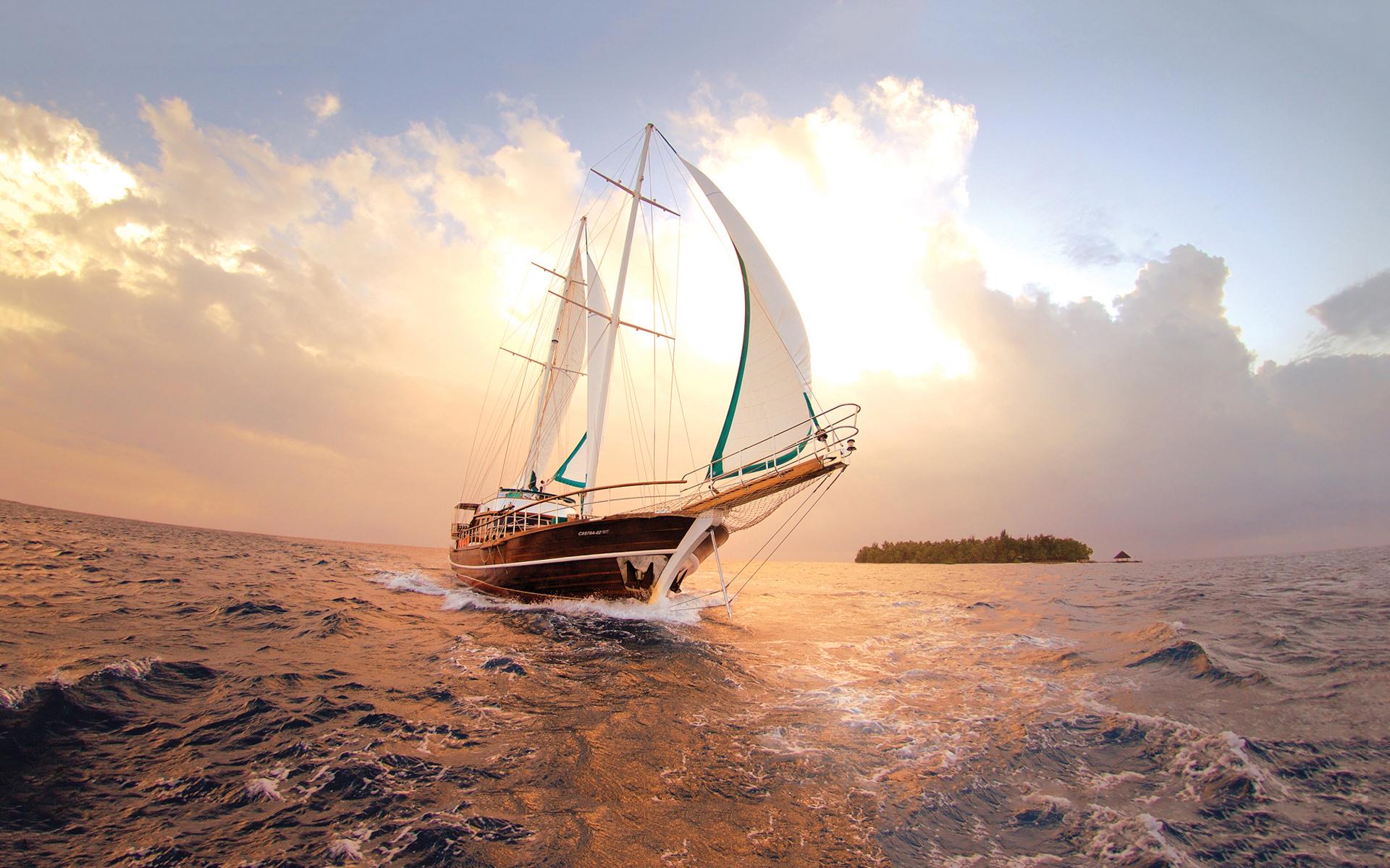 Фото яхти у морі 17 фотография