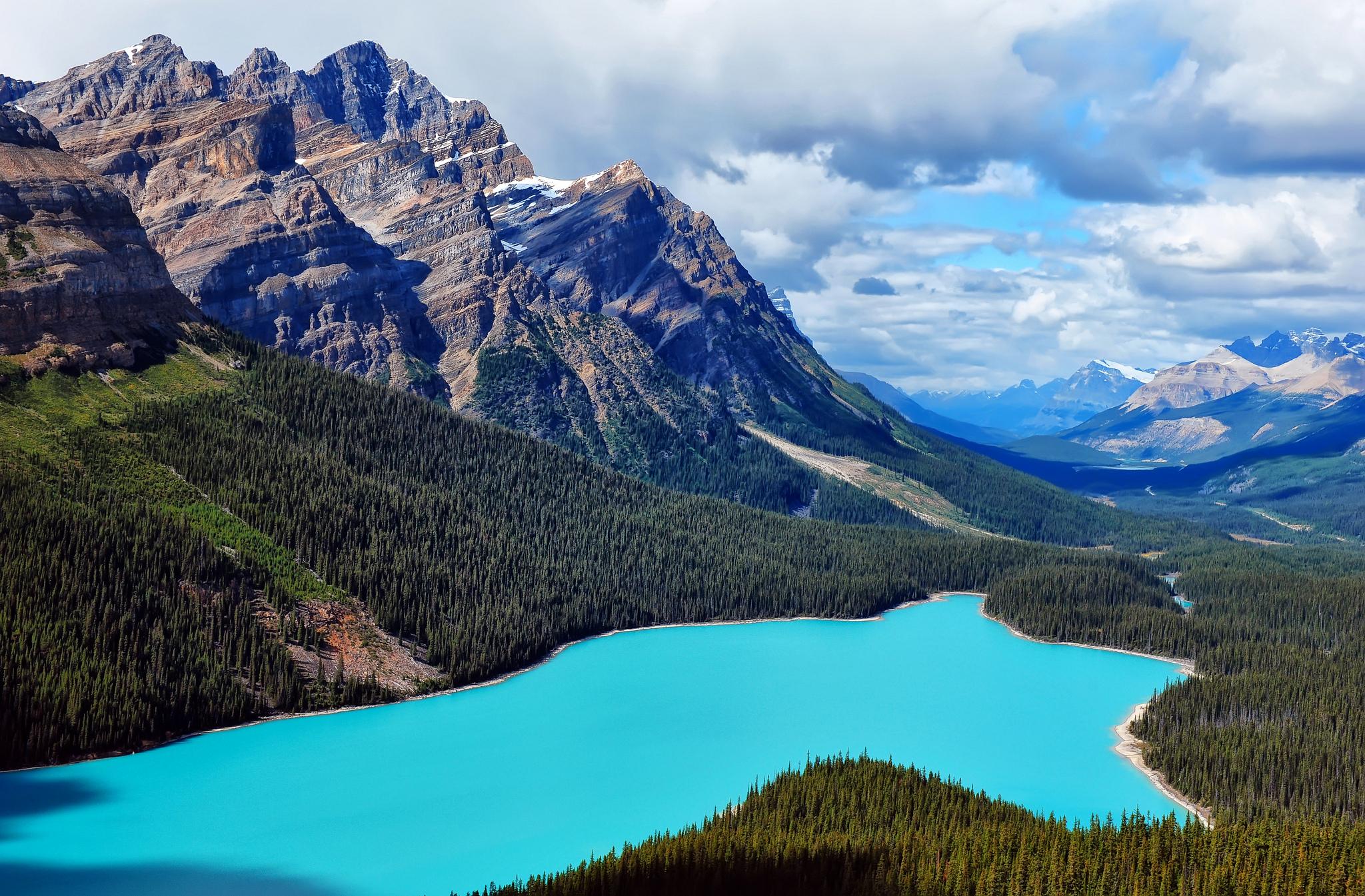 Озеро на горе  № 2948740  скачать