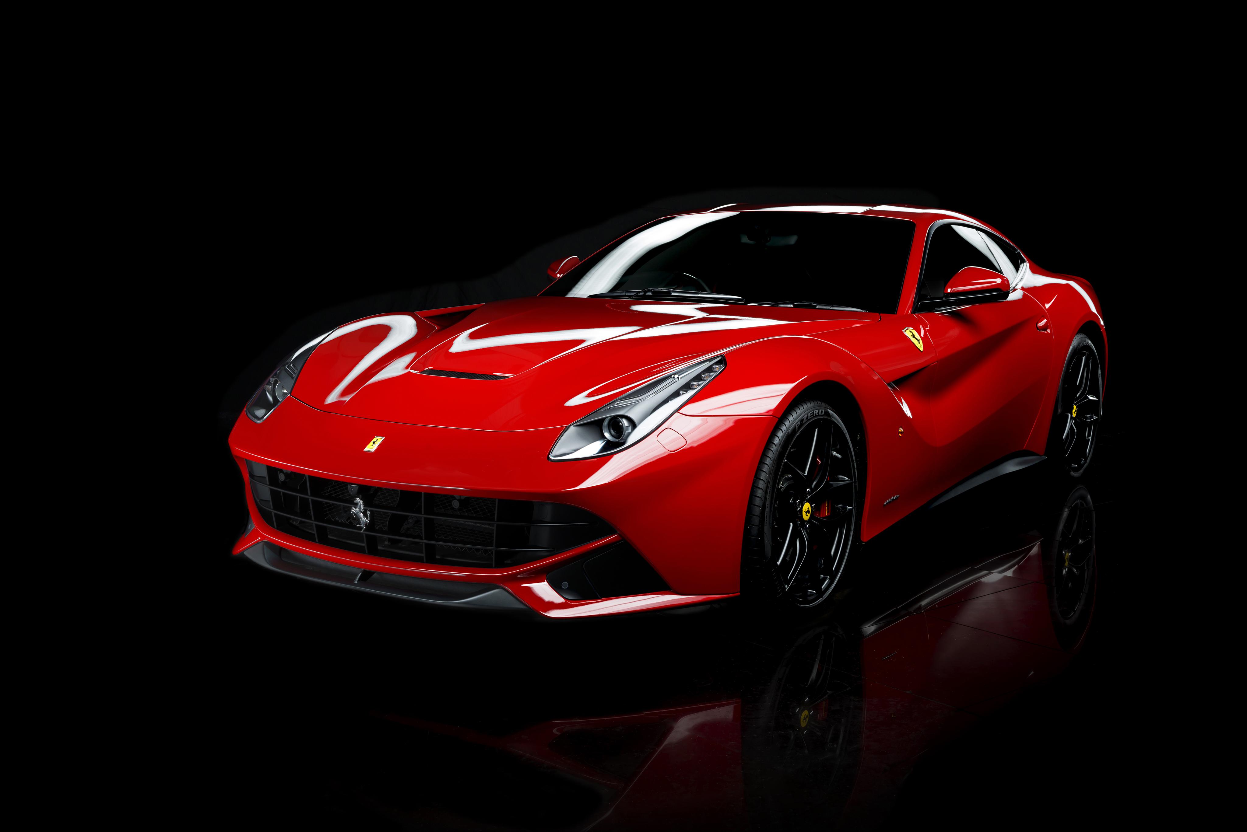 Ferrari F12 дорога забор  № 2438037 без смс