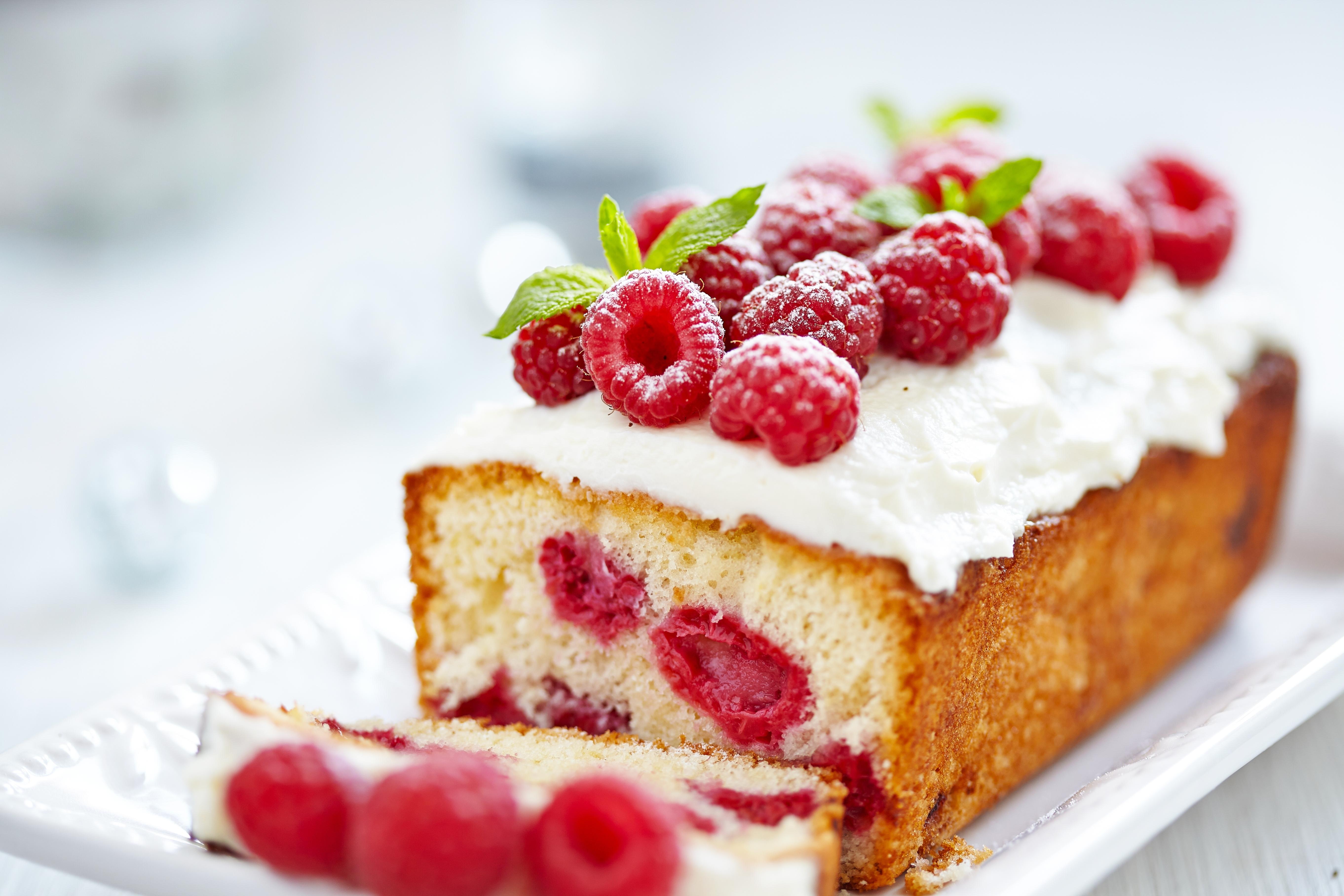 пирожное с малиной  № 145041  скачать