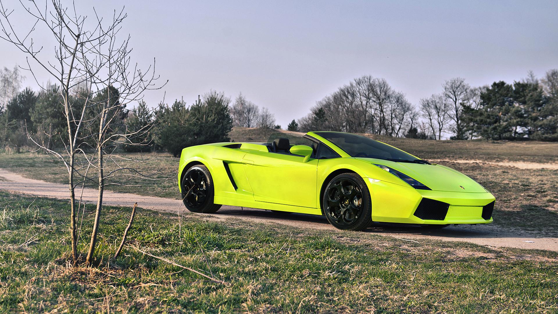 спортивный зеленый автомобиль Lamborghini  № 2996261 загрузить