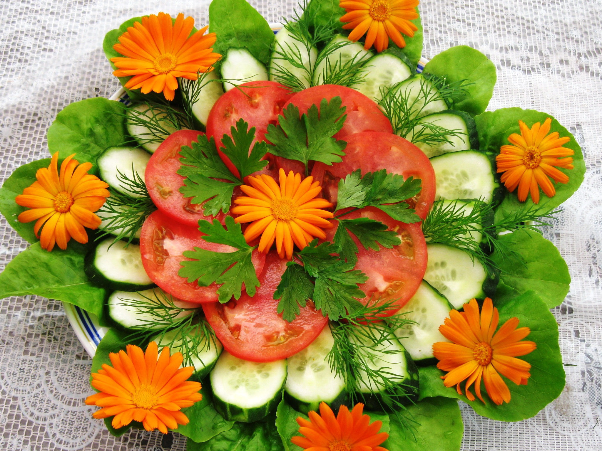 Украшение на стол фото из овощей
