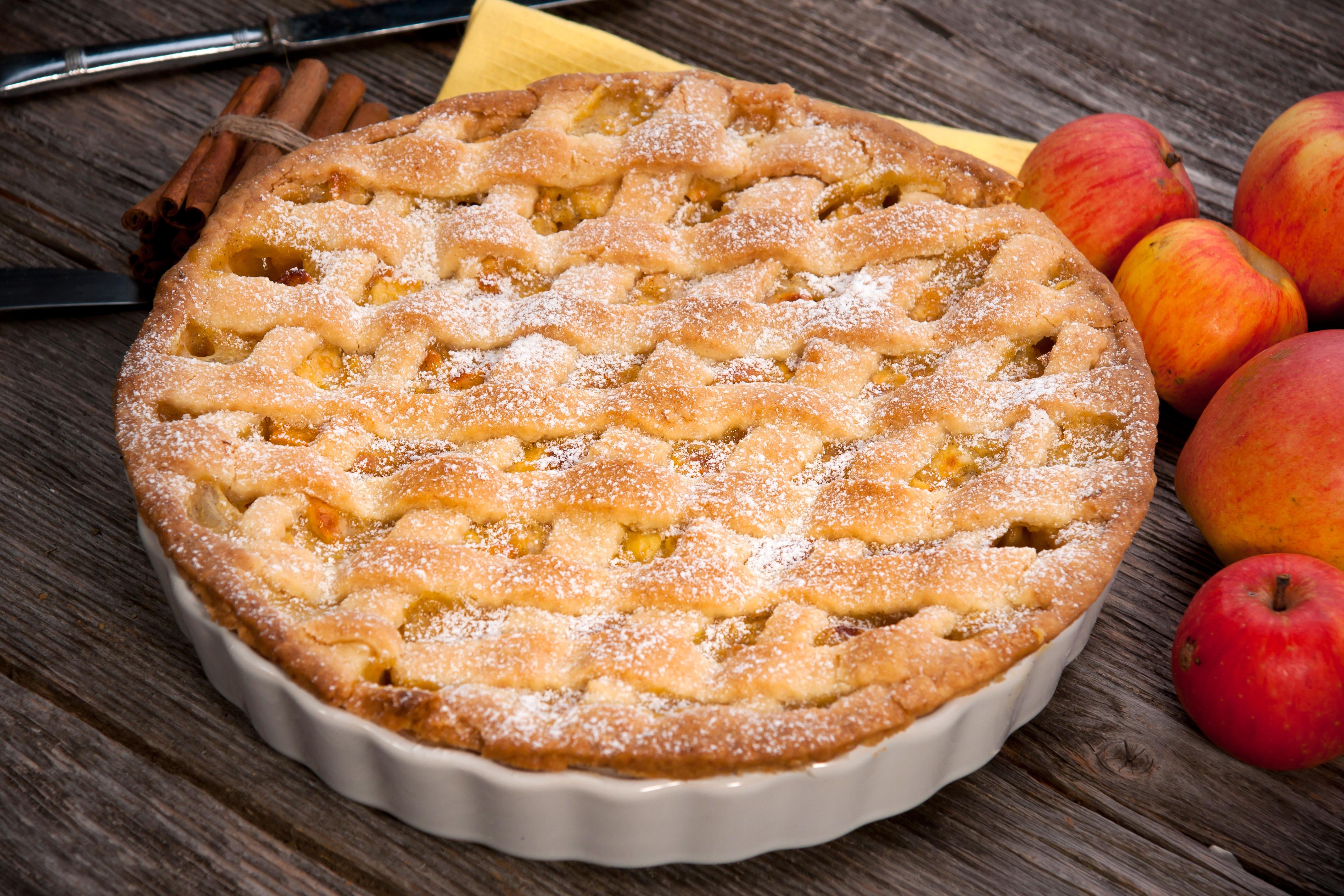 Пирог с яблоками на молоке рецепт