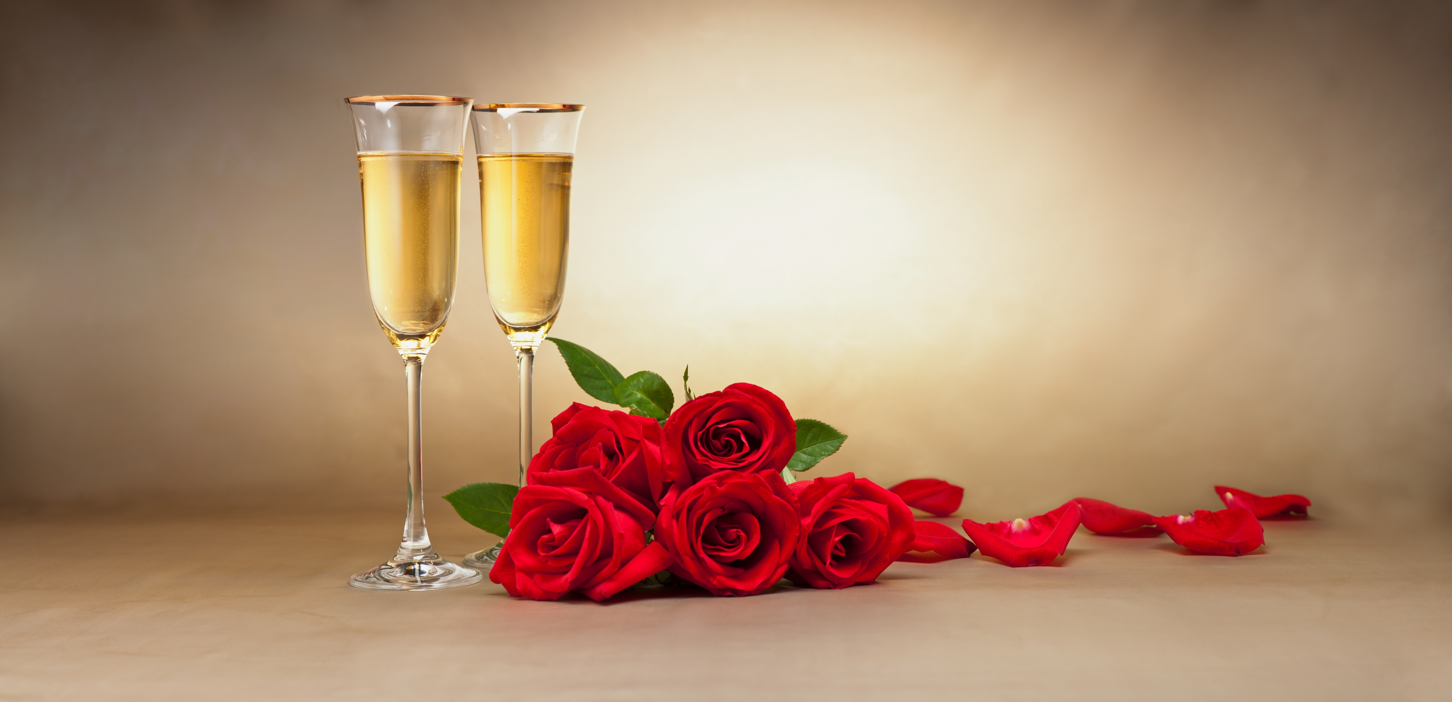 lovely babes are getting covered with roses and champagne  205158