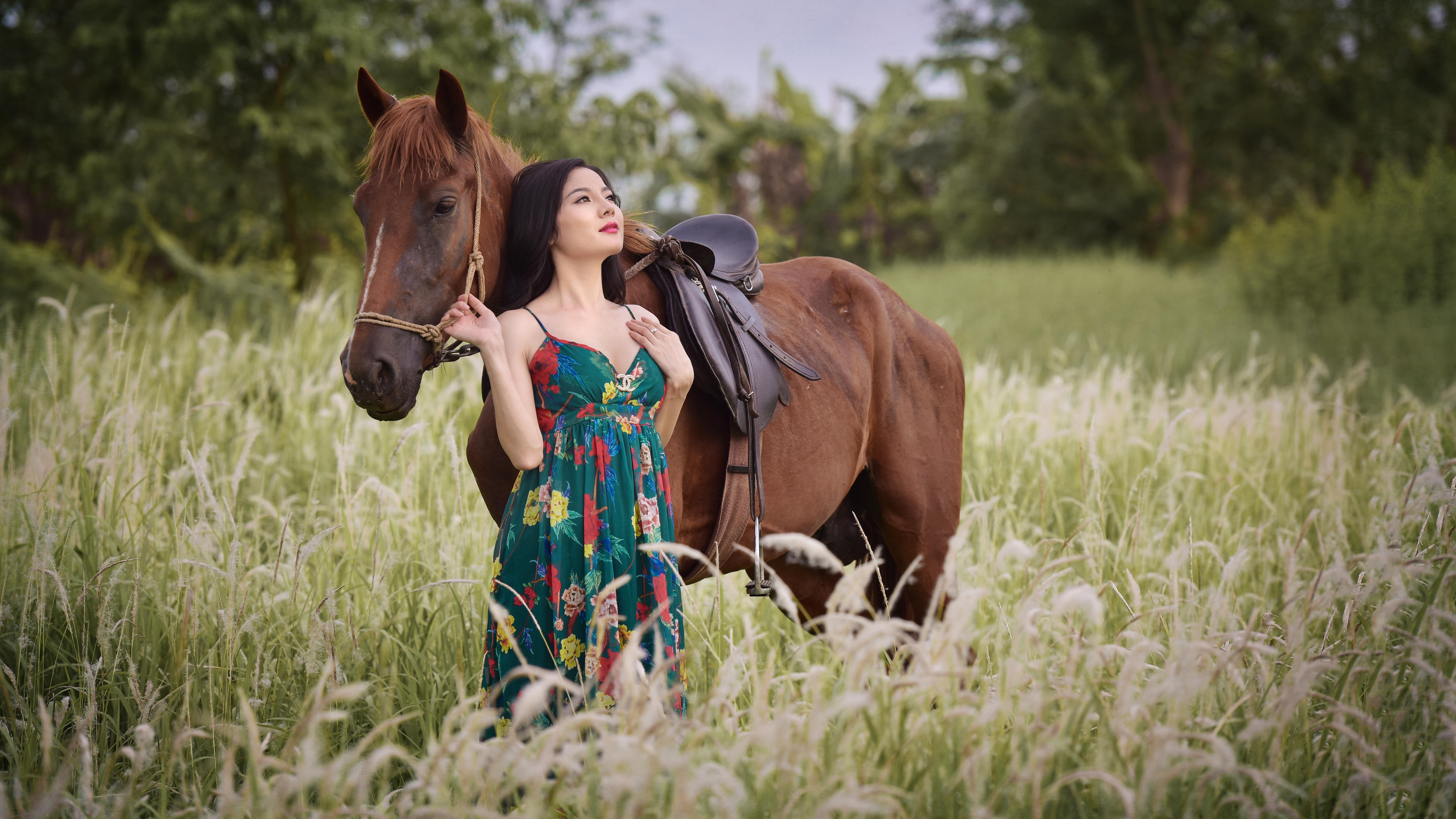 девушка лошади  № 1819056 бесплатно