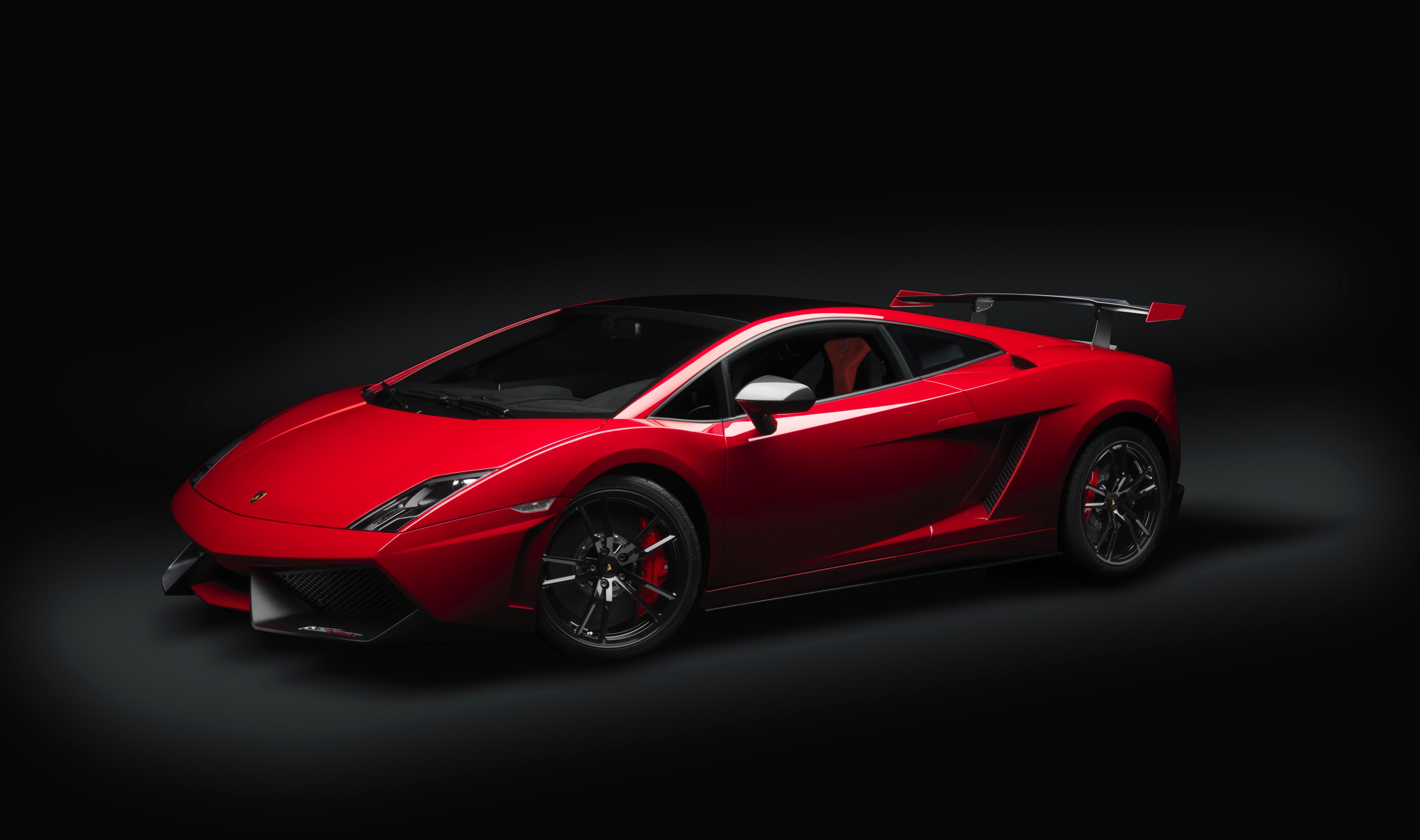спортивный автомобиль красный lamborghini  № 719727 бесплатно