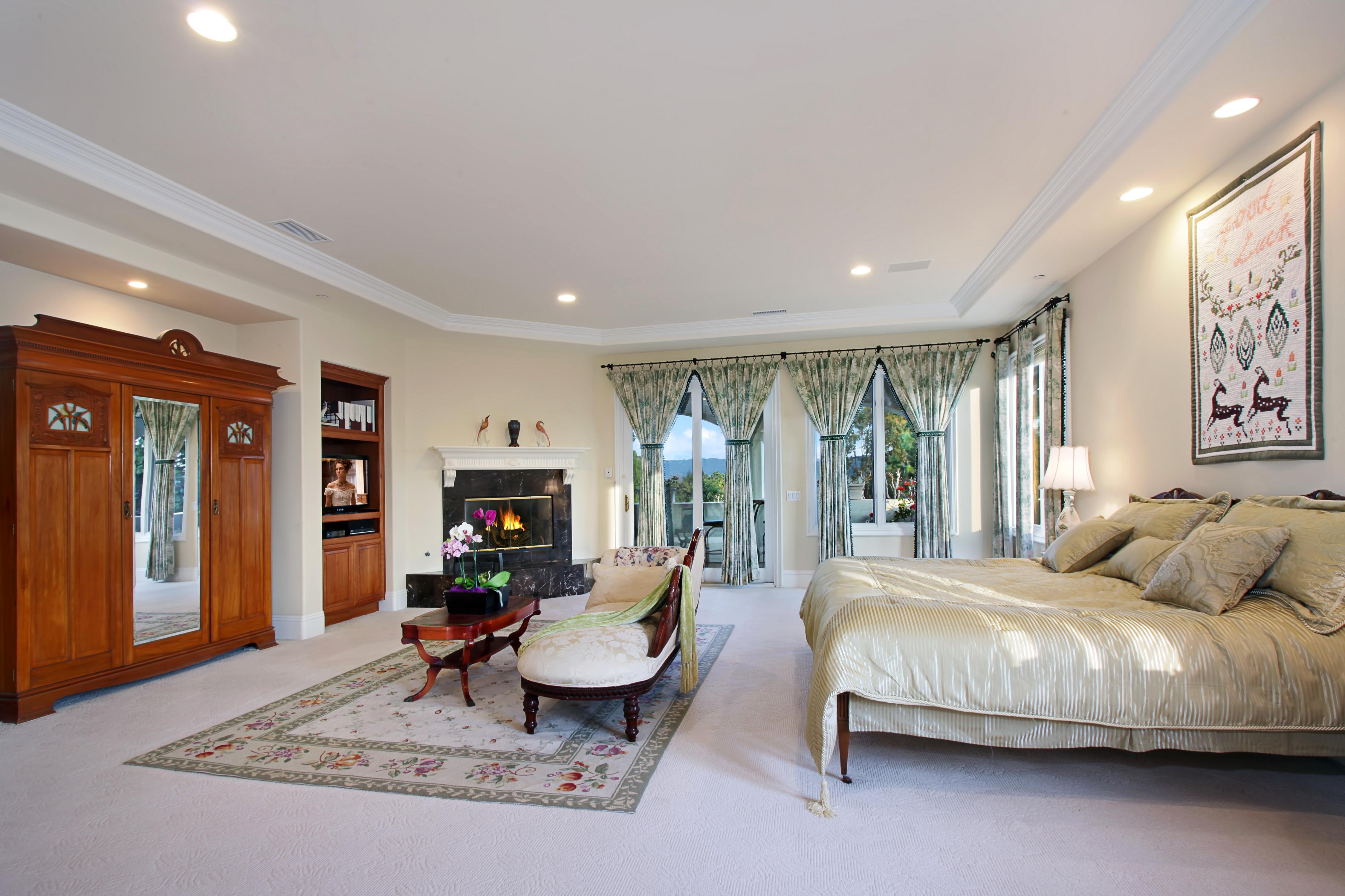 Интерьер ковры кровать  № 3537365 загрузить