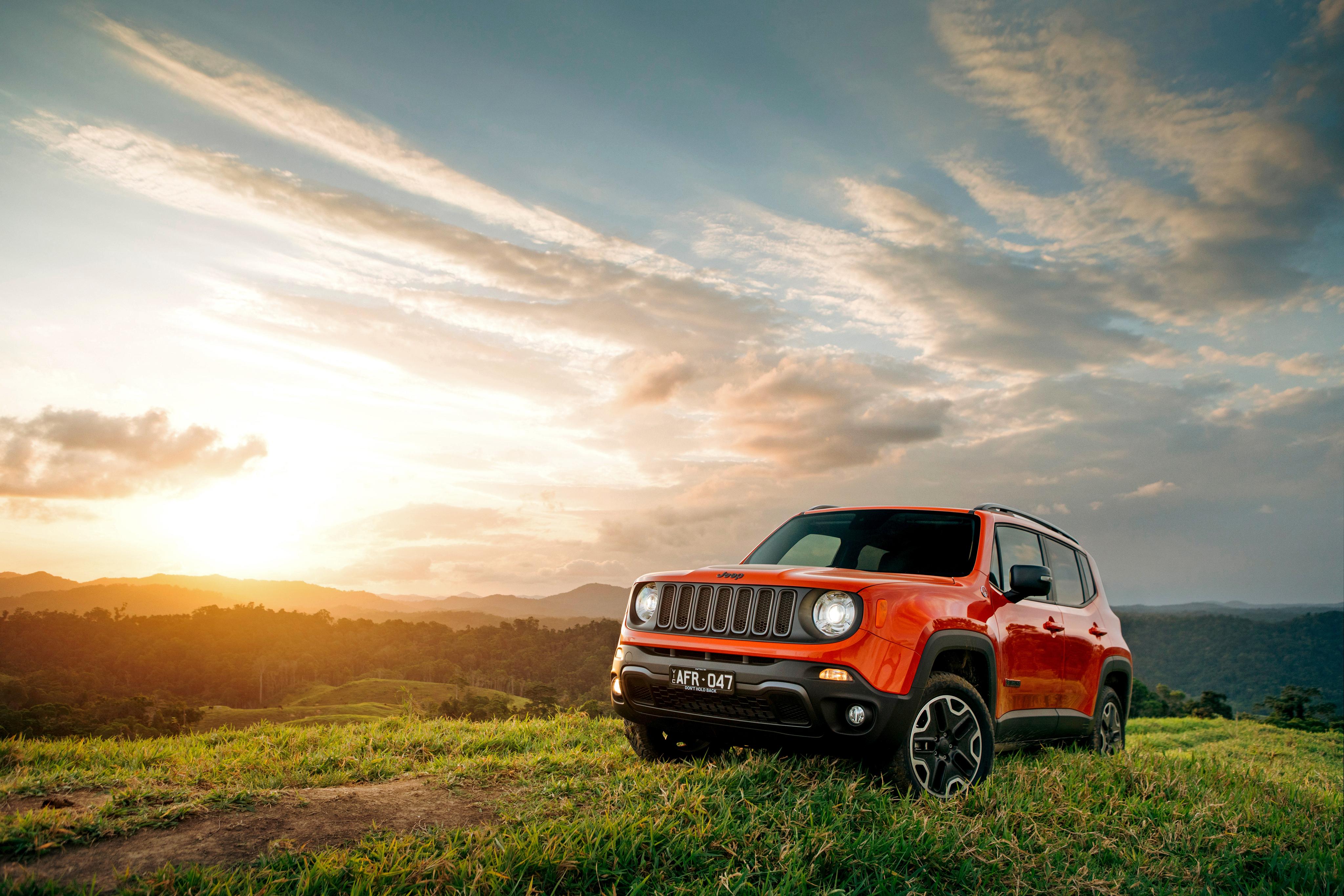 красный автомобиль джип ford sport trac red car jeep  № 3085866 загрузить