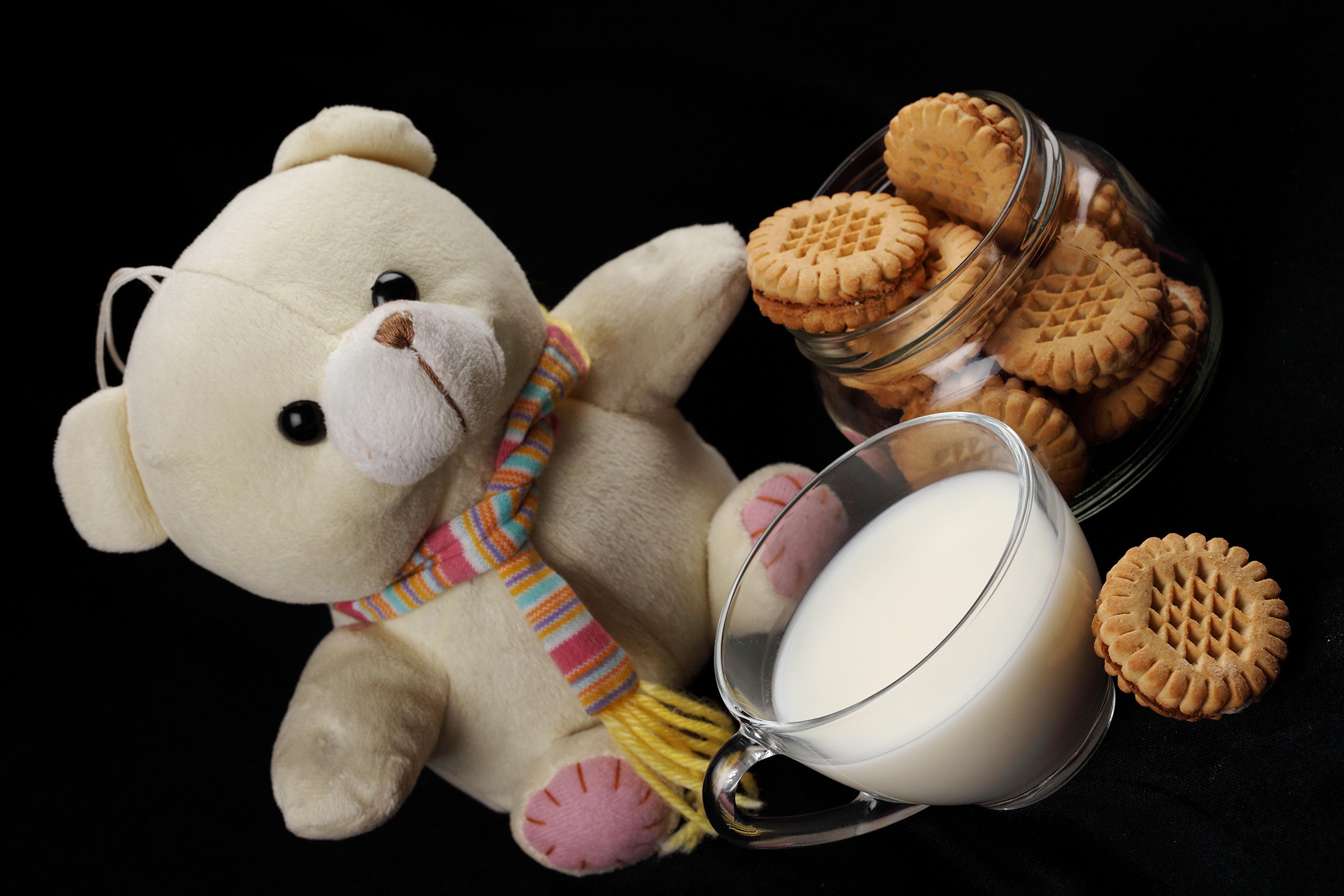 Печенье молоко  № 1615795 загрузить