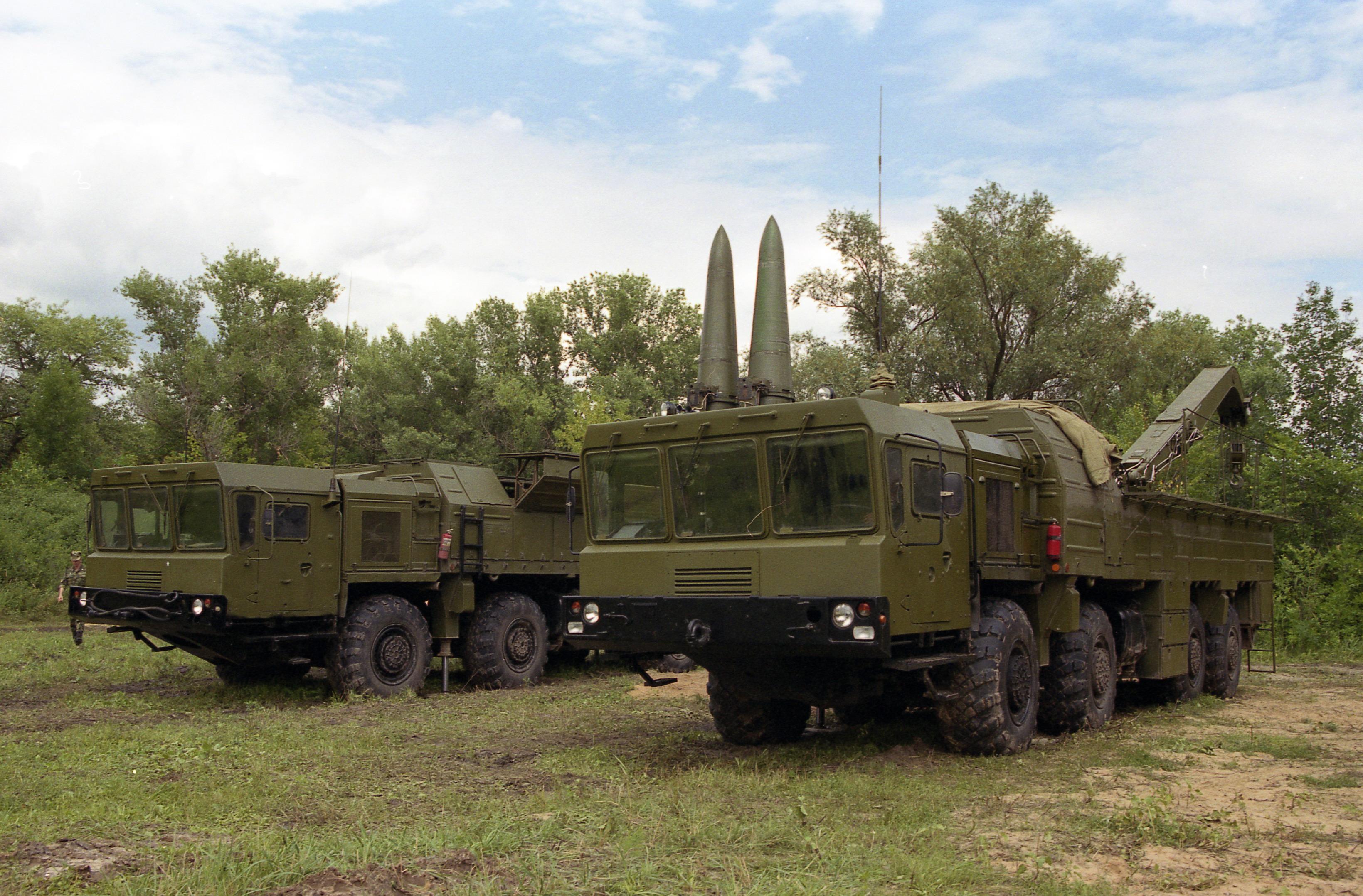 Смотреть порно инцест в армии белоруссии 22 фотография