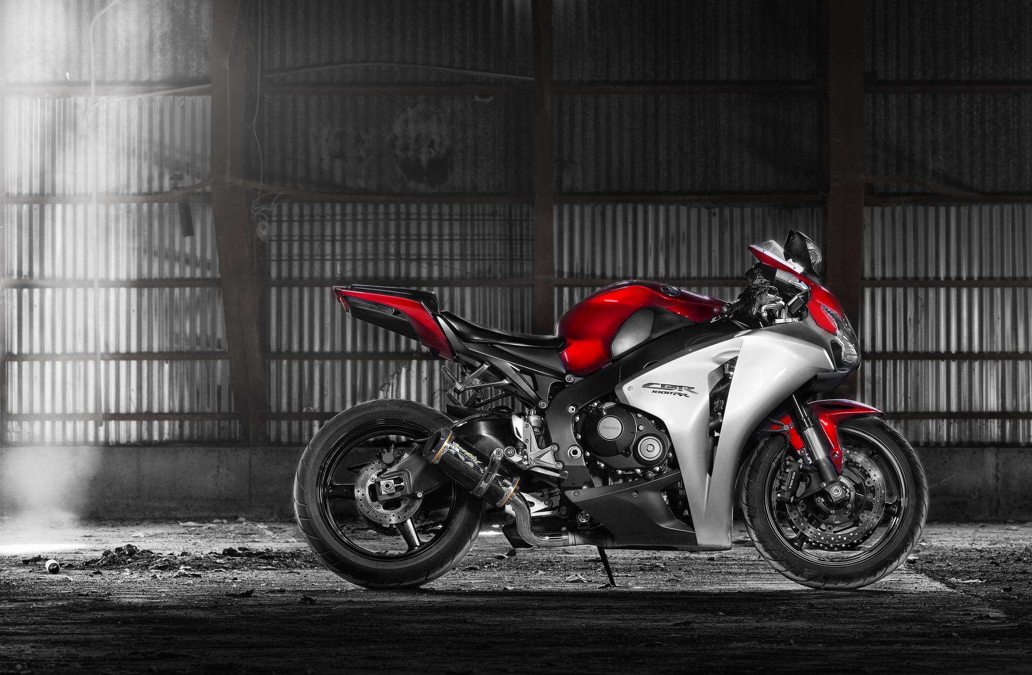 спортивный мотоцикл Honda  № 3935526  скачать