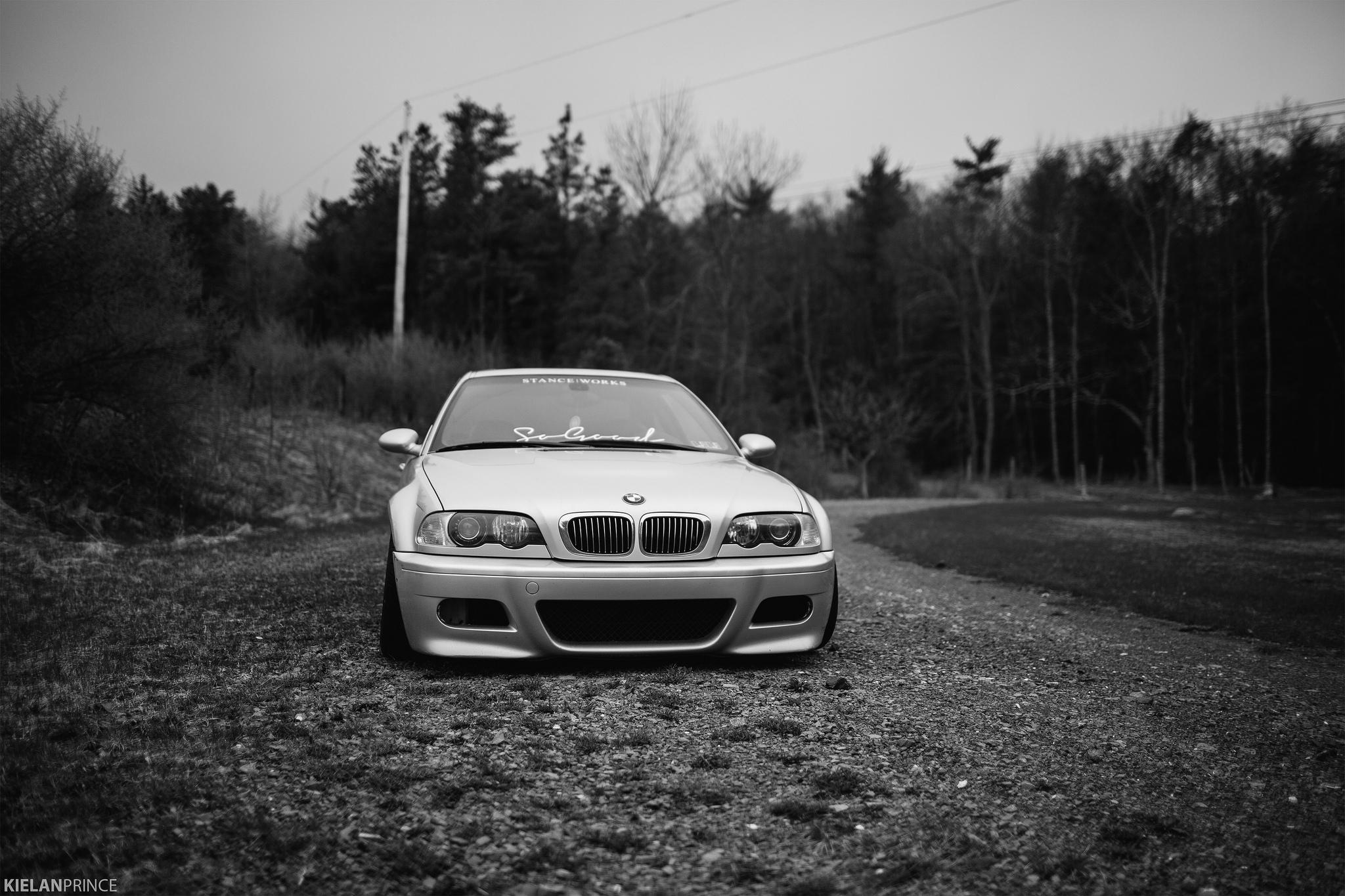 черно-бело фото BMW  № 2422741  скачать