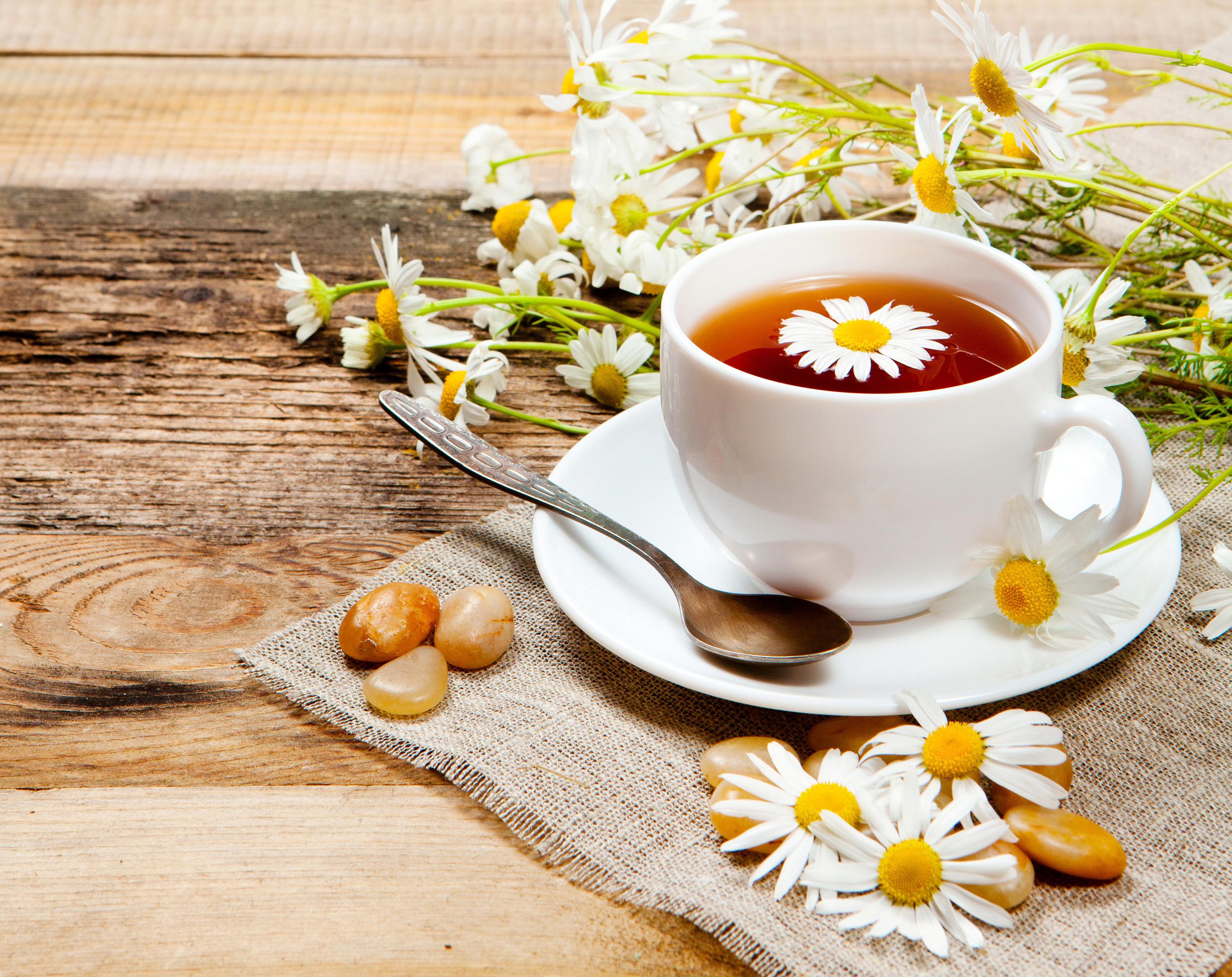 Ромашковый чай помогает при бо
