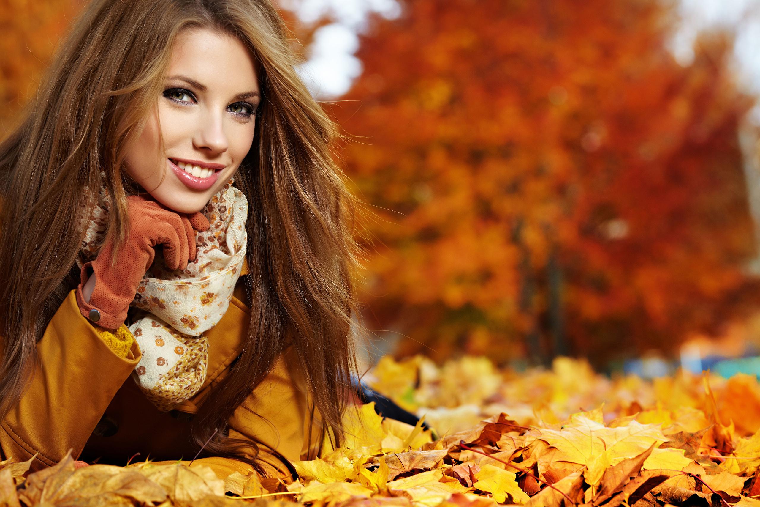 Рыжая девушка в сапогах 17 фотография