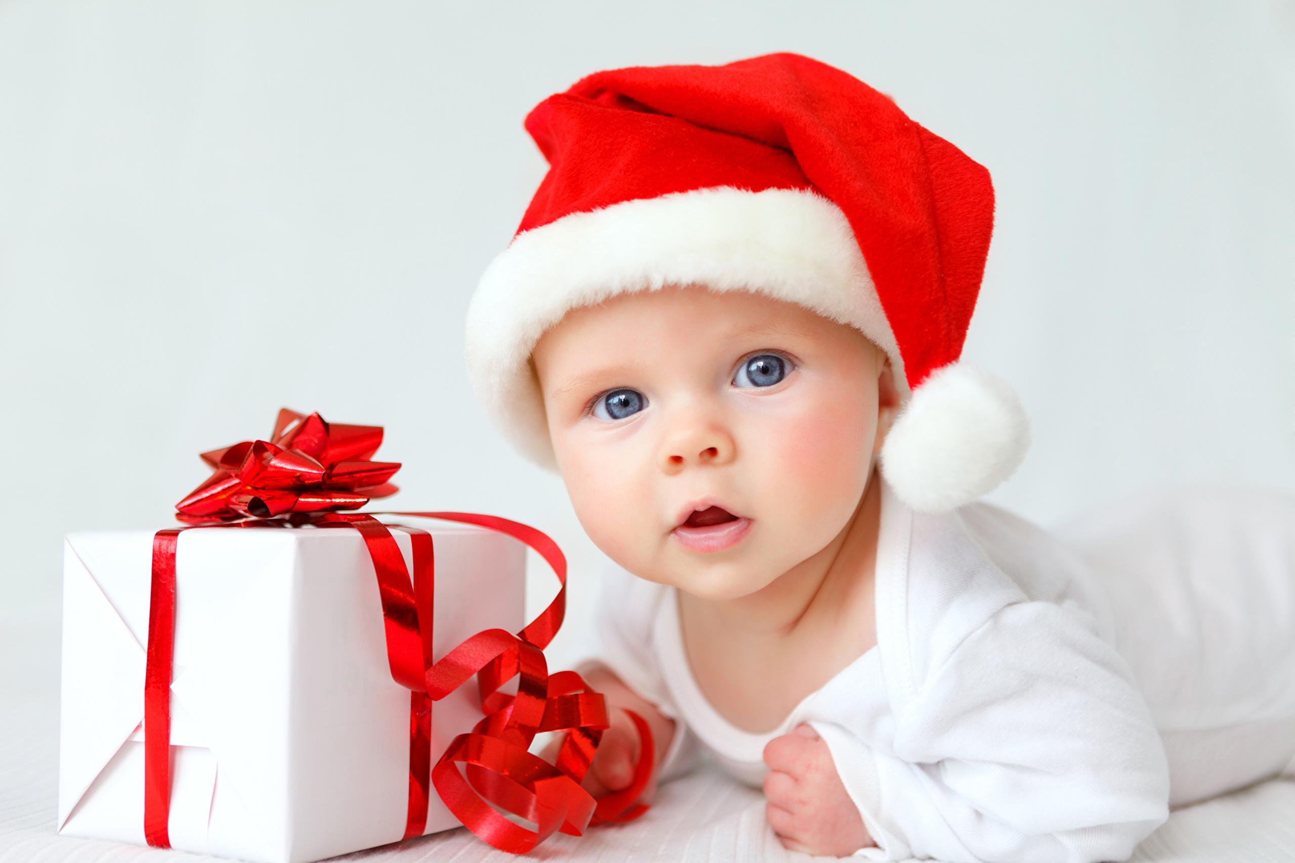 Фото красивых детей в новогодних костюмах