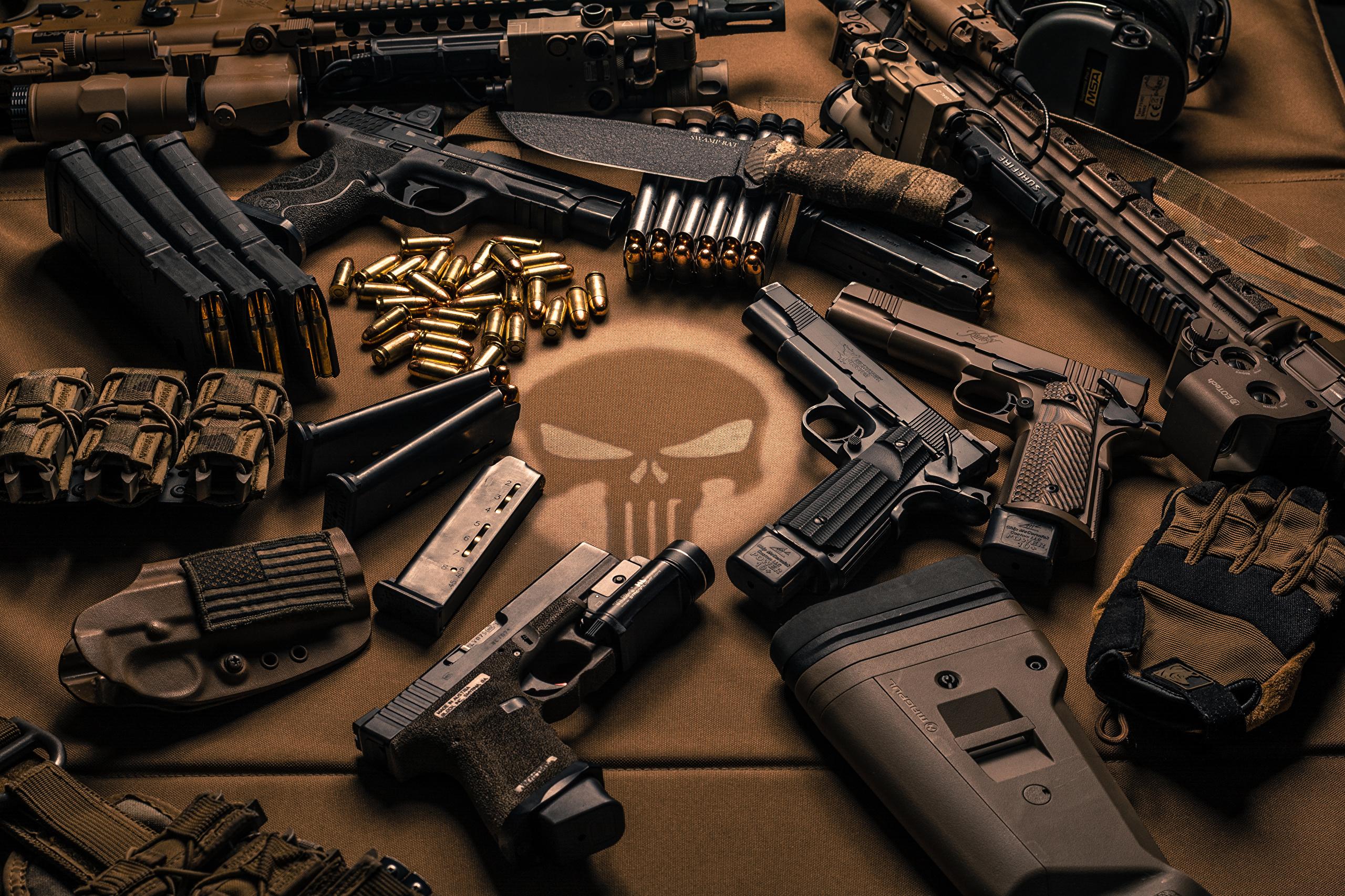 Автомат, нож и пистолет  № 3464998  скачать
