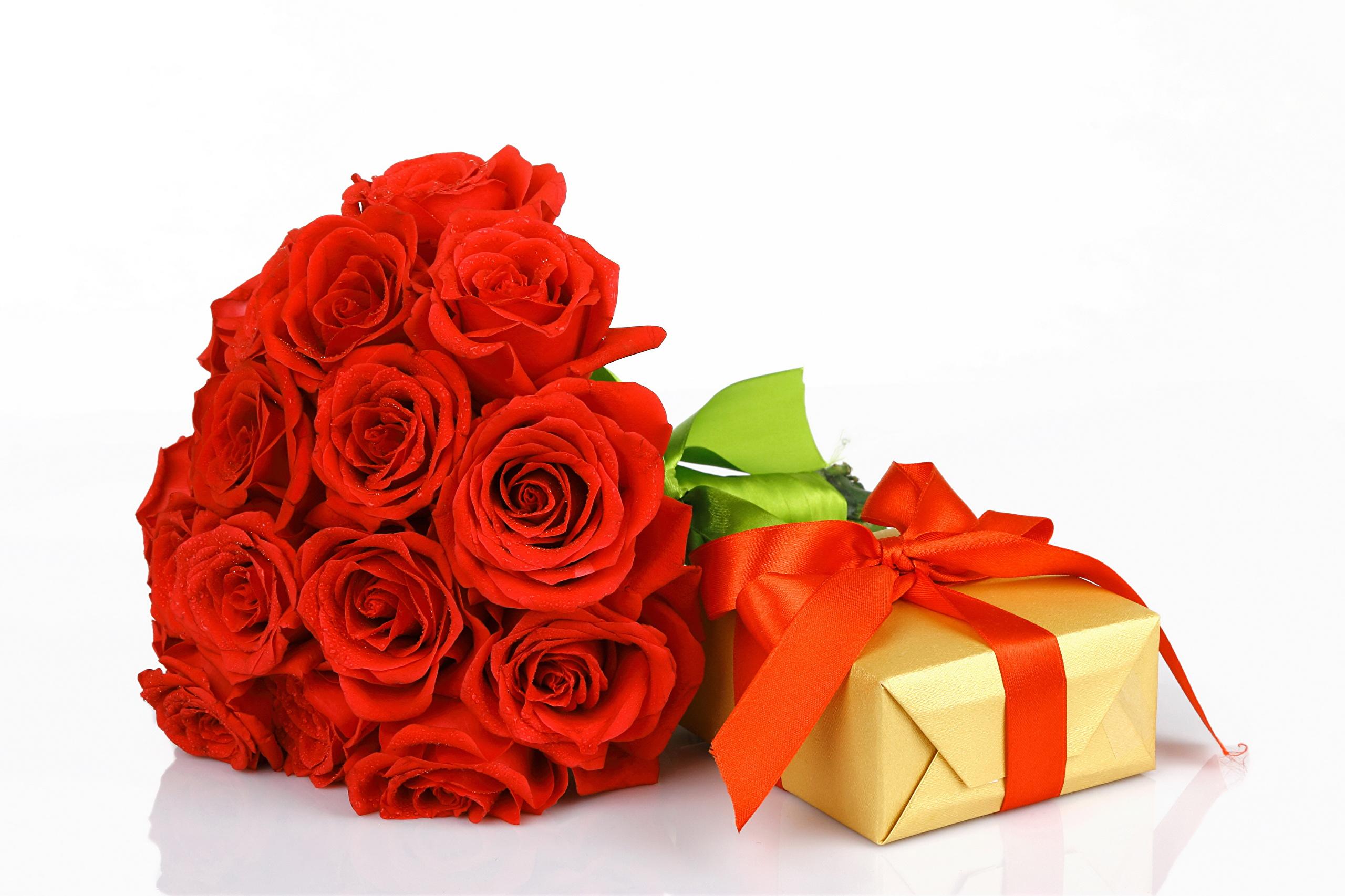 Подарочный букет цветов фото с днем рождения