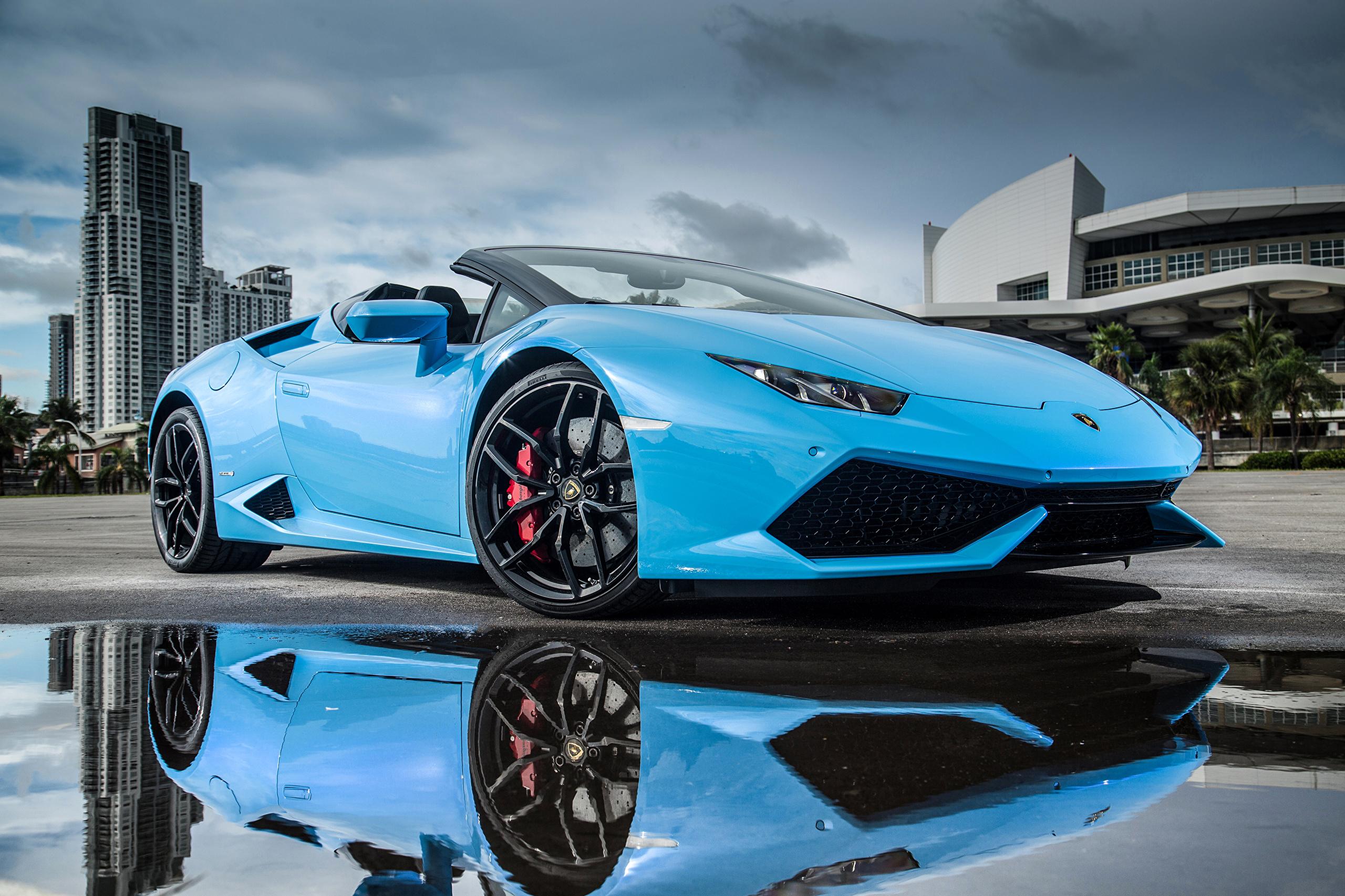 Lamborghini голубая отражение  № 2522809  скачать