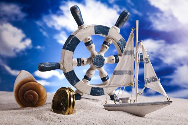 Обои лодки парусные ракушки игрушки