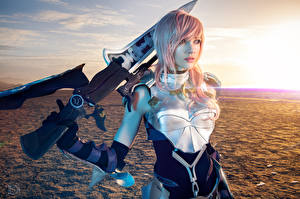 Final fantasy 13 2 lightning cosplay