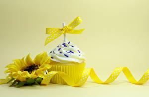 Обои Капкейк кекс Подсолнухи Желтый Лента Еда Цветы фото