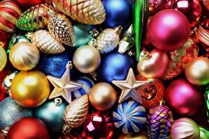 Обои Праздники Новый год Много Шарики Города картинки