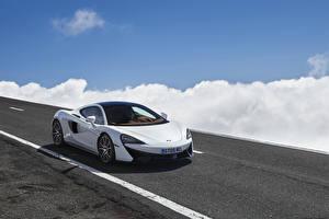 Обои McLaren Белый 570GT Автомобили картинки