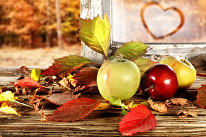 Обои Яблоки Осень Листья Природа картинки