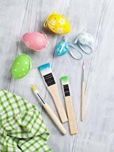Картинки Праздники Пасха Доски Яйца Кисть