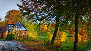 Фотографии Германия Осень Дома Реки Деревья Ahausen Lower Saxony Природа