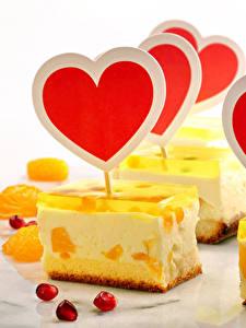Фото День всех влюблённых Сладости Пирожное Желе Белый фон Сердечко Еда